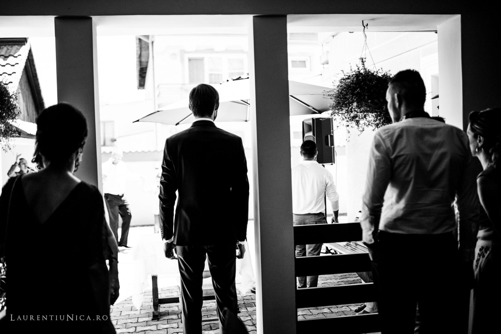 Cristina si Ovidiu nunta Craiova fotograf laurentiu nica 045 - Cristina & Ovidiu | Fotografii nunta | Craiova
