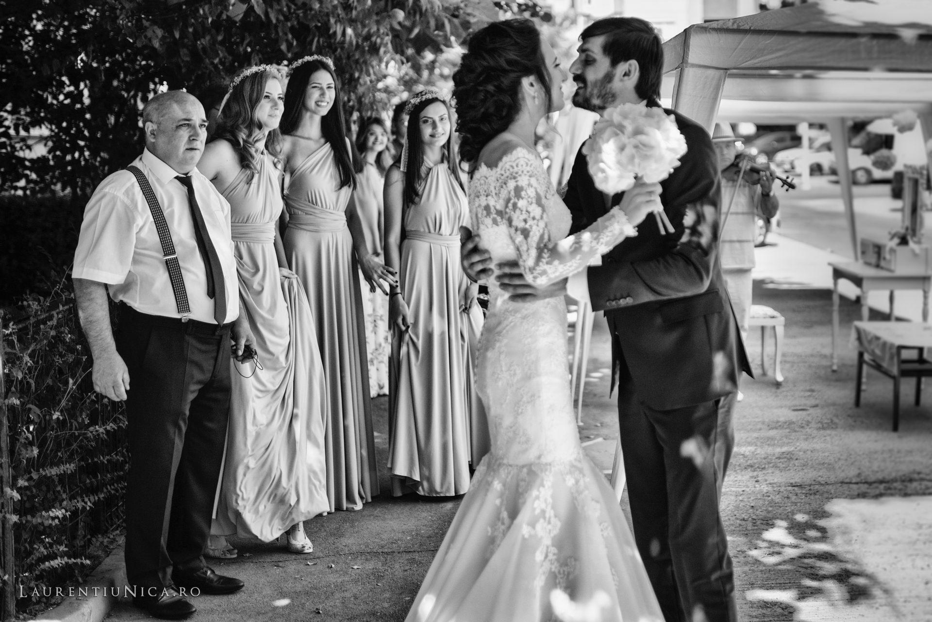 Cristina si Ovidiu nunta Craiova fotograf laurentiu nica 079 - Cristina & Ovidiu | Fotografii nunta | Craiova