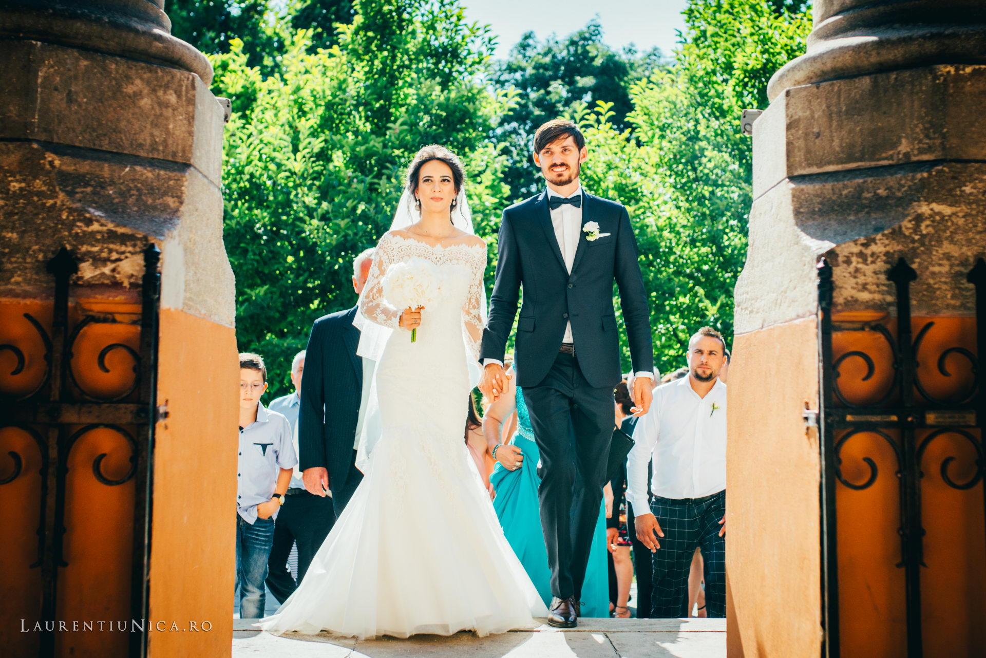Cristina si Ovidiu nunta Craiova fotograf laurentiu nica 086 - Cristina & Ovidiu | Fotografii nunta | Craiova