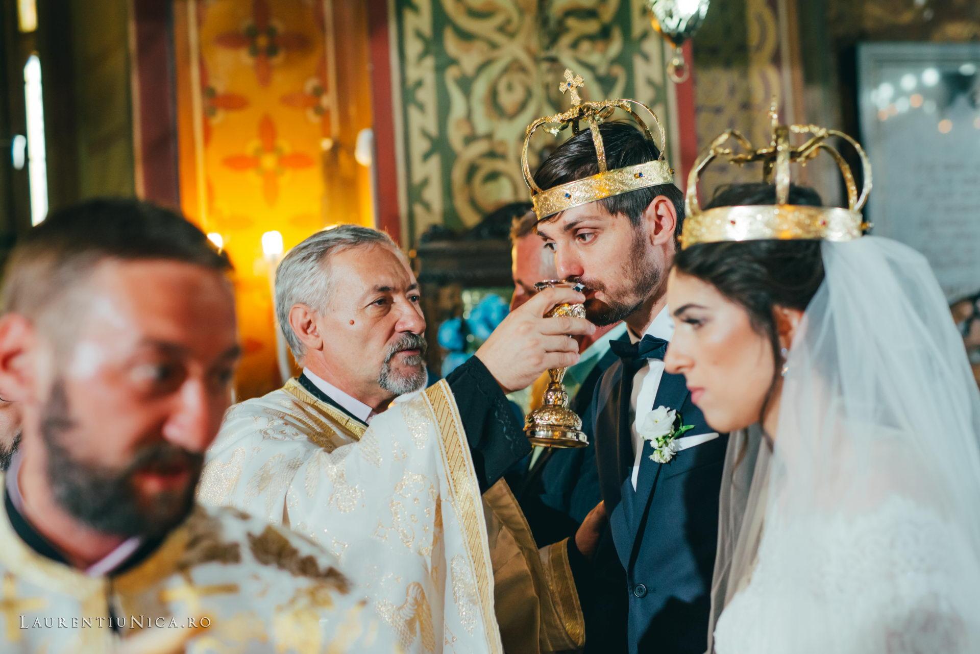 Cristina si Ovidiu nunta Craiova fotograf laurentiu nica 087 - Cristina & Ovidiu | Fotografii nunta | Craiova