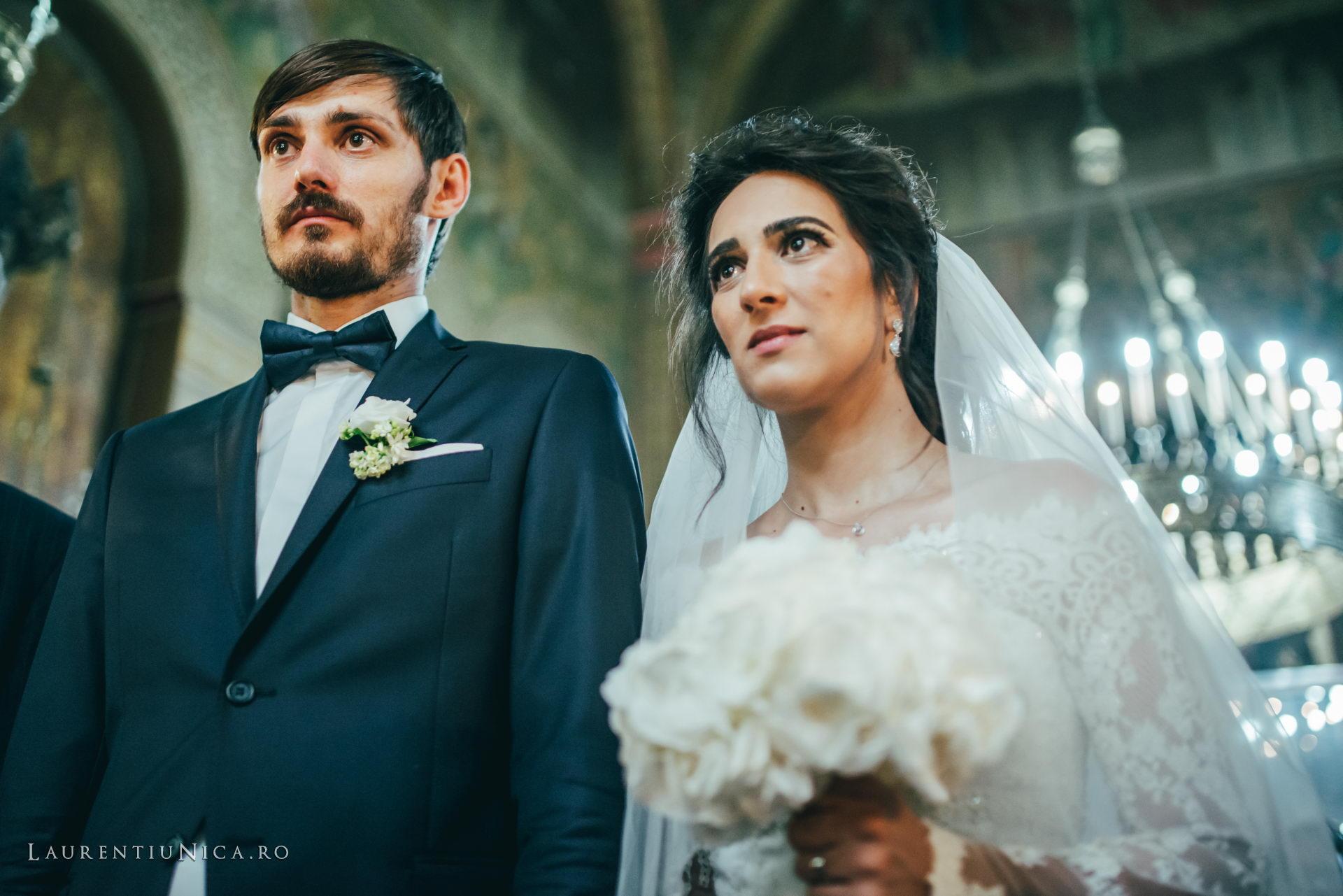 Cristina si Ovidiu nunta Craiova fotograf laurentiu nica 090 - Cristina & Ovidiu | Fotografii nunta | Craiova