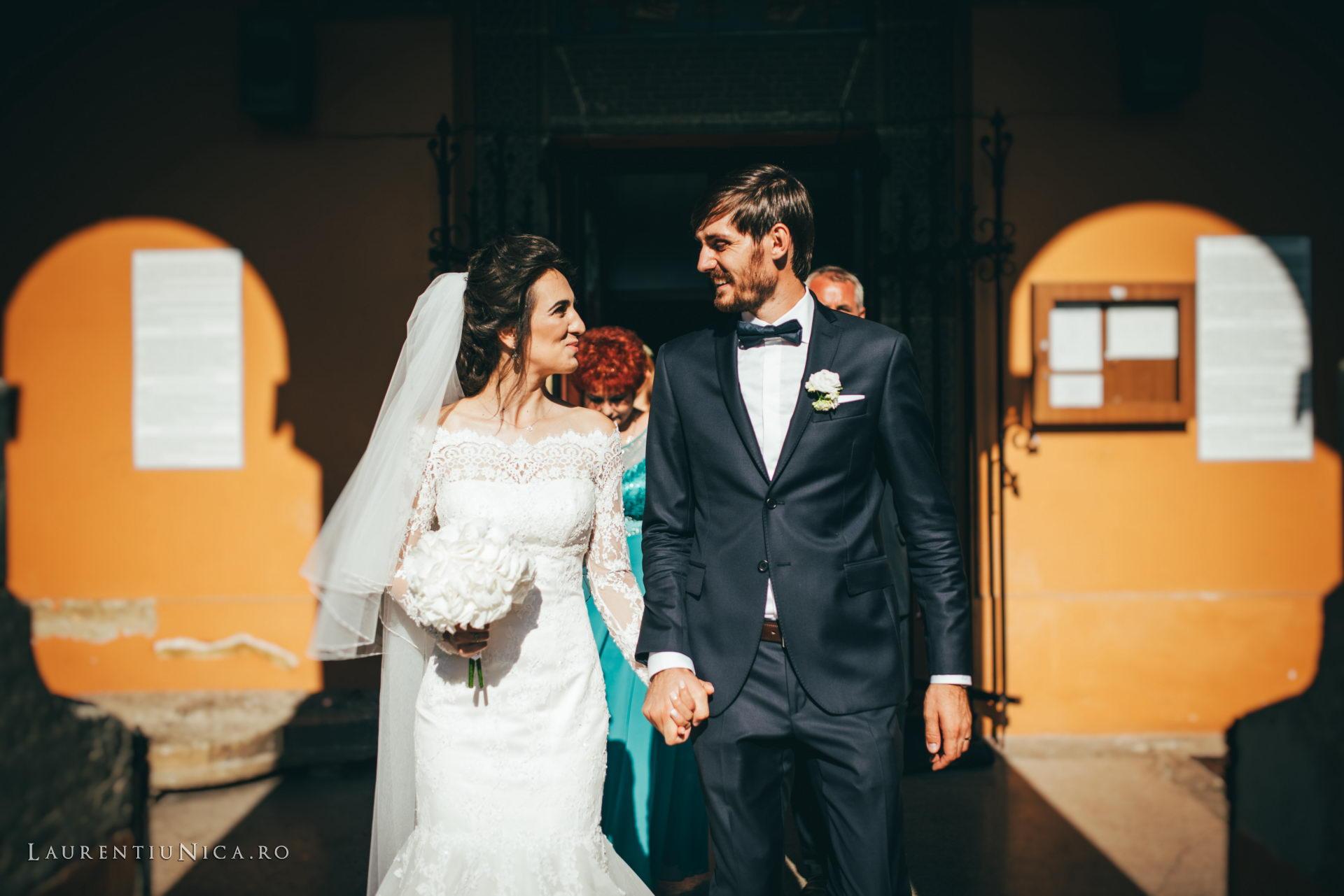 Cristina si Ovidiu nunta Craiova fotograf laurentiu nica 093 - Cristina & Ovidiu | Fotografii nunta | Craiova