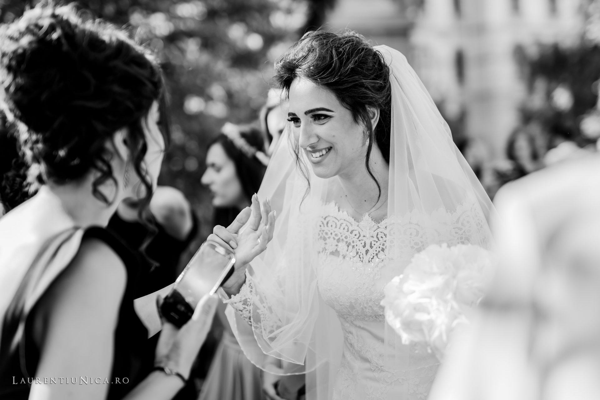 Cristina si Ovidiu nunta Craiova fotograf laurentiu nica 094 - Cristina & Ovidiu | Fotografii nunta | Craiova