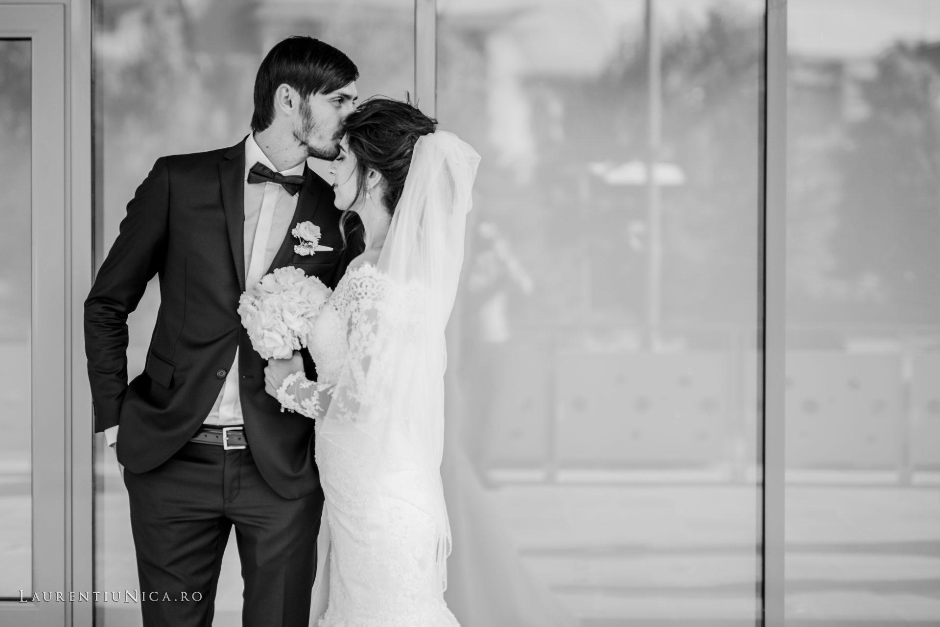 Cristina si Ovidiu nunta Craiova fotograf laurentiu nica 096 - Cristina & Ovidiu | Fotografii nunta | Craiova