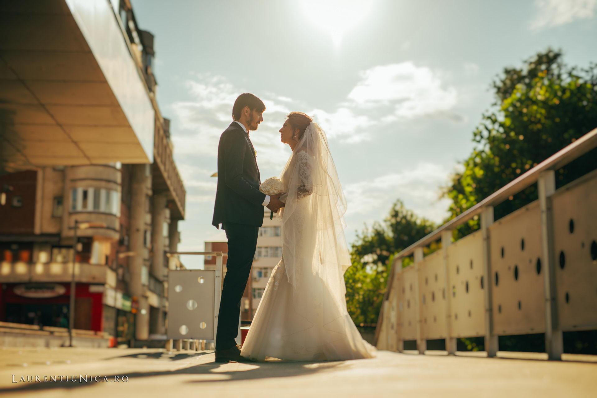 Cristina si Ovidiu nunta Craiova fotograf laurentiu nica 098 - Cristina & Ovidiu | Fotografii nunta | Craiova