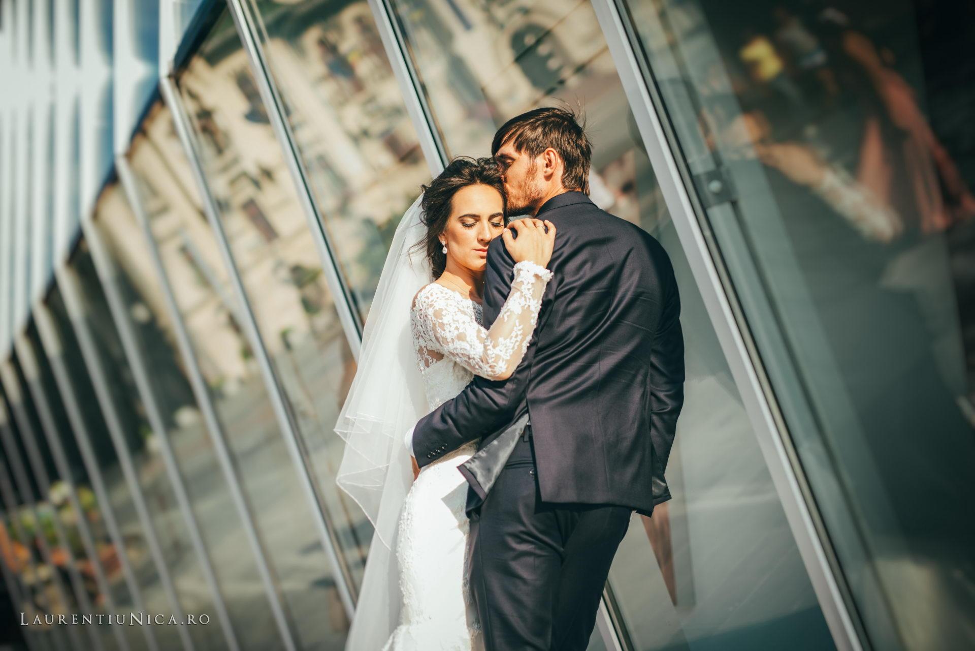 Cristina si Ovidiu nunta Craiova fotograf laurentiu nica 099 - Cristina & Ovidiu | Fotografii nunta | Craiova