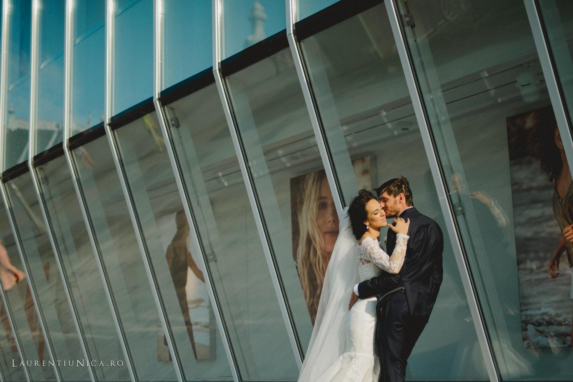 Cristina si Ovidiu nunta Craiova fotograf laurentiu nica 100 - Cristina & Ovidiu | Fotografii nunta | Craiova