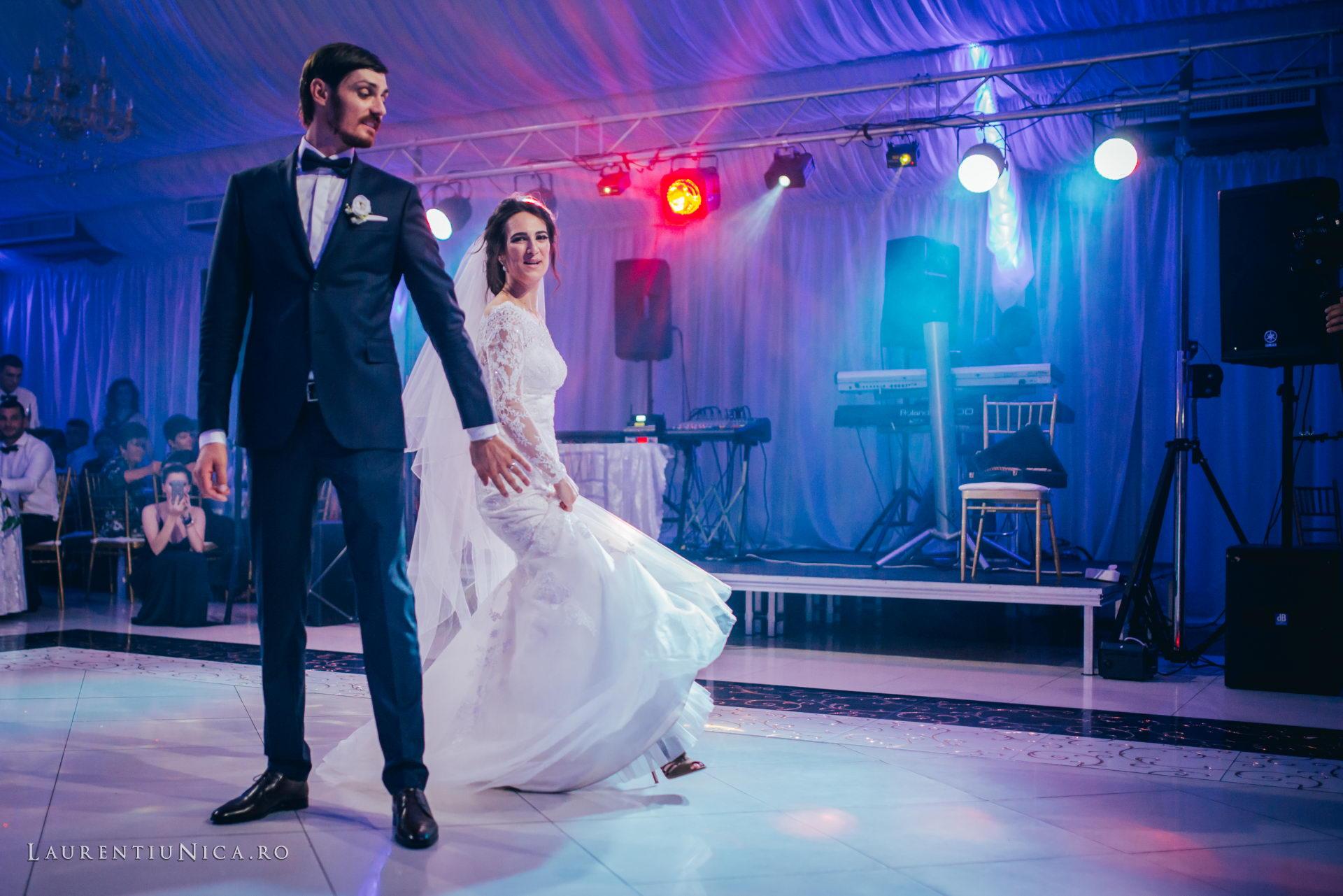 Cristina si Ovidiu nunta Craiova fotograf laurentiu nica 122 - Cristina & Ovidiu | Fotografii nunta | Craiova