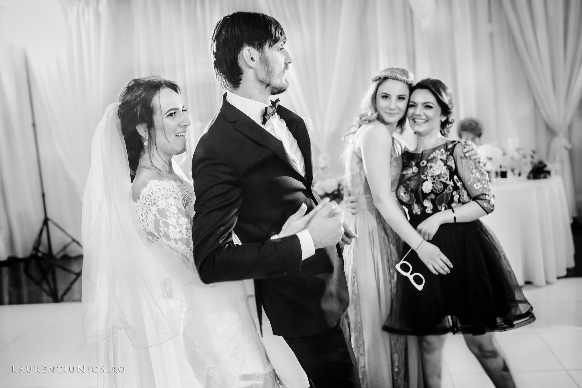 Cristina si Ovidiu nunta Craiova fotograf laurentiu nica 131 - Cristina & Ovidiu | Fotografii nunta | Craiova