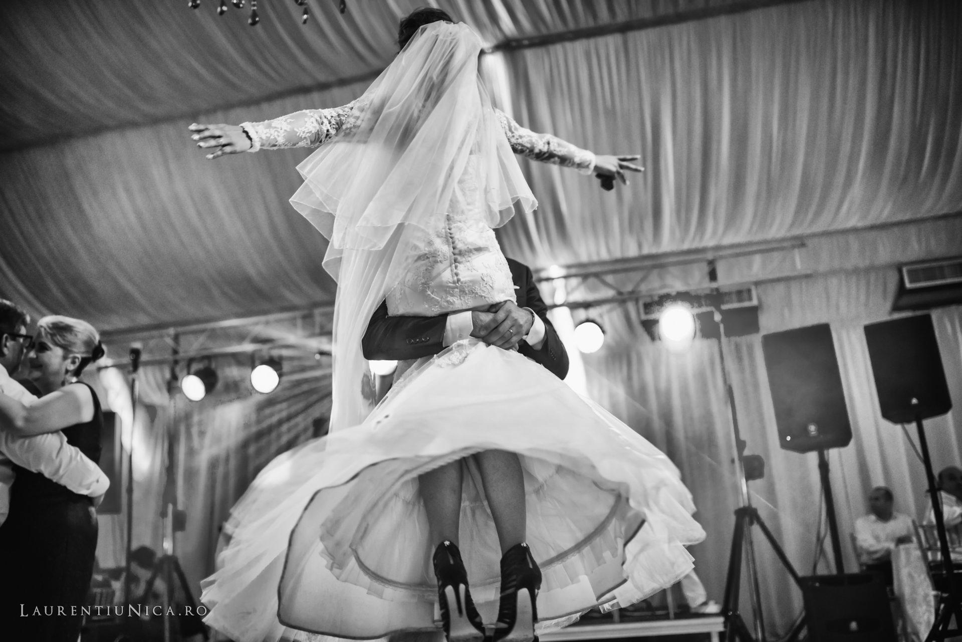 Cristina si Ovidiu nunta Craiova fotograf laurentiu nica 142 - Cristina & Ovidiu | Fotografii nunta | Craiova