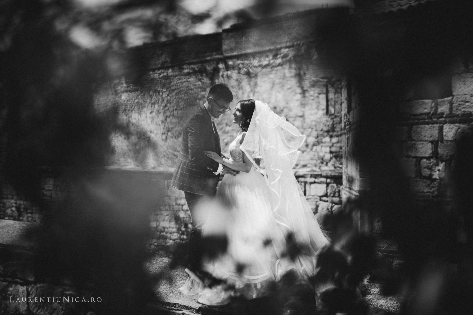 Ramona si Marius fotografii trashthedress Bulgaria laurentiu nica01 - Ramona & Marius | Sedinta foto After Wedding | Bulgaria