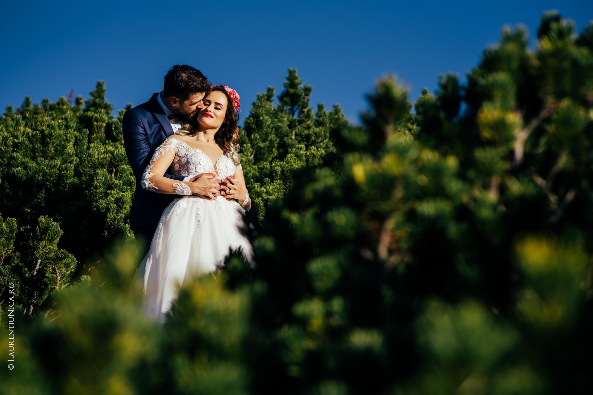 aida si alin fotograf nunta laurentiu nica transalpina 15 - Aida & Alin | Fotografii After Wedding | Transalpina - Muntii Parang