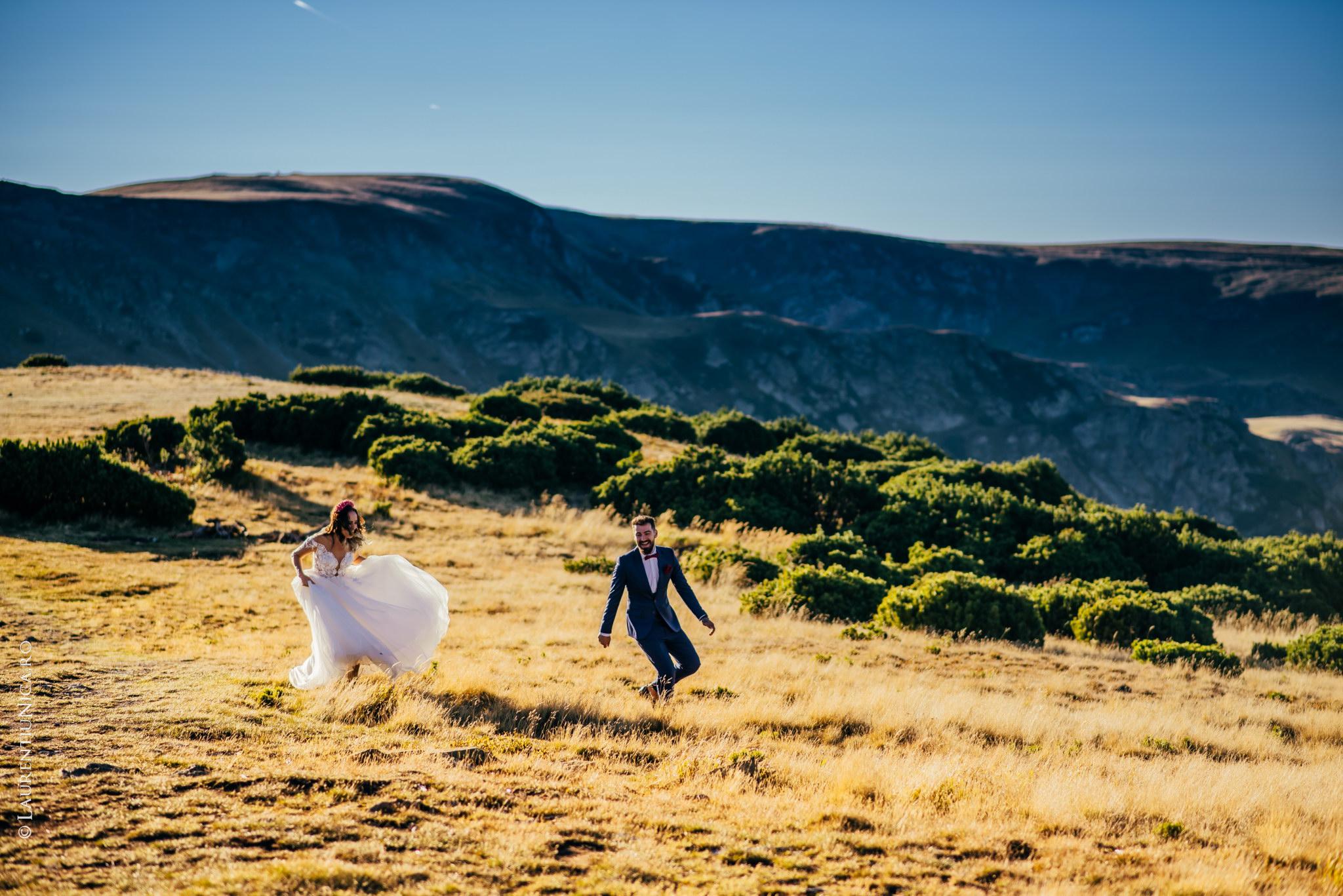 aida si alin fotograf nunta laurentiu nica transalpina 18 - Aida & Alin | Fotografii After Wedding | Transalpina - Muntii Parang