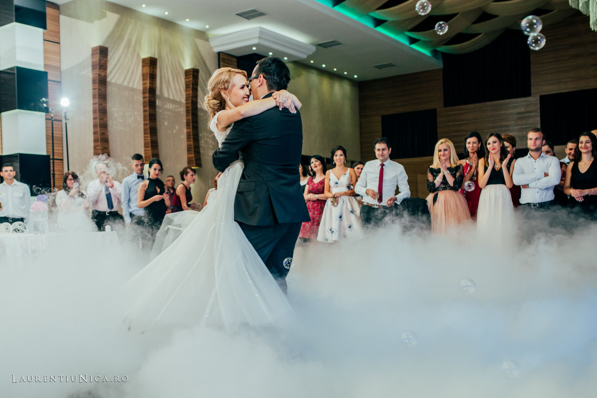 alina si razvan craiova fotograf nunta laurentiu nica68 - Alina & Razvan | Fotografii nunta