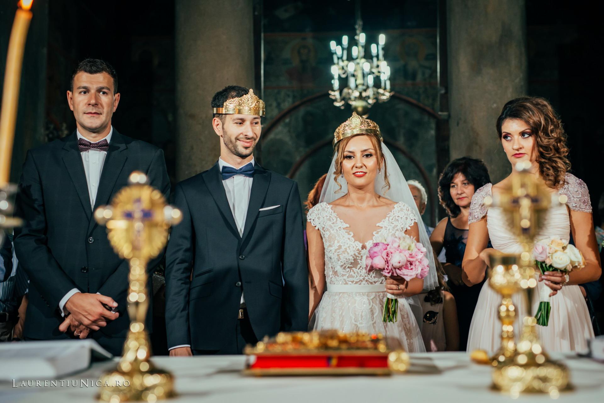 carolina si sorin craiova fotograf nunta laurentiu nica30 - Carolina & Sorin | Fotografii nunta