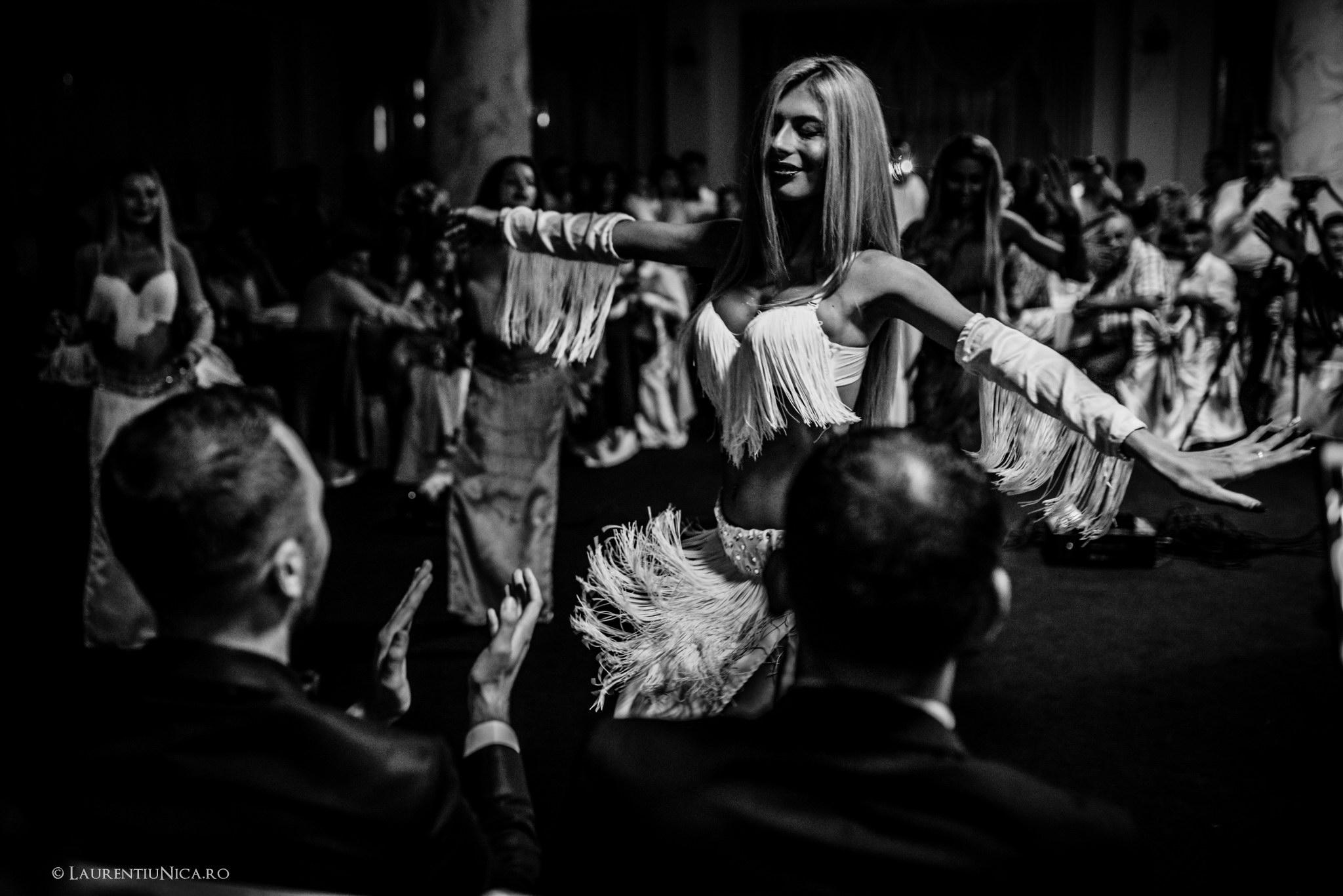 daiana si madalin fotograf nunta laurentiu nica targu jiu gorj 28 - Daiana & Madalin | Fotografii nunta | Targu-Jiu | Gorj