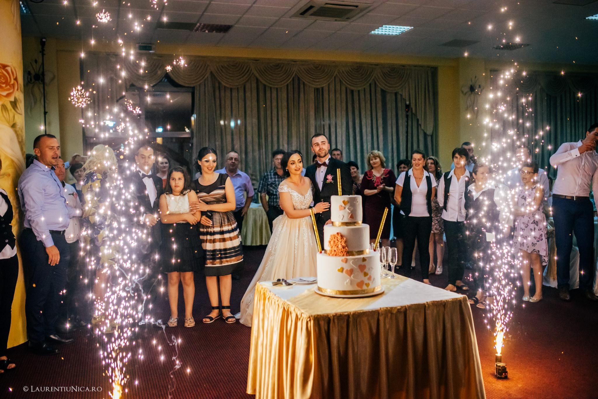 daiana si madalin fotograf nunta laurentiu nica targu jiu gorj 30 - Daiana & Madalin | Fotografii nunta | Targu-Jiu | Gorj