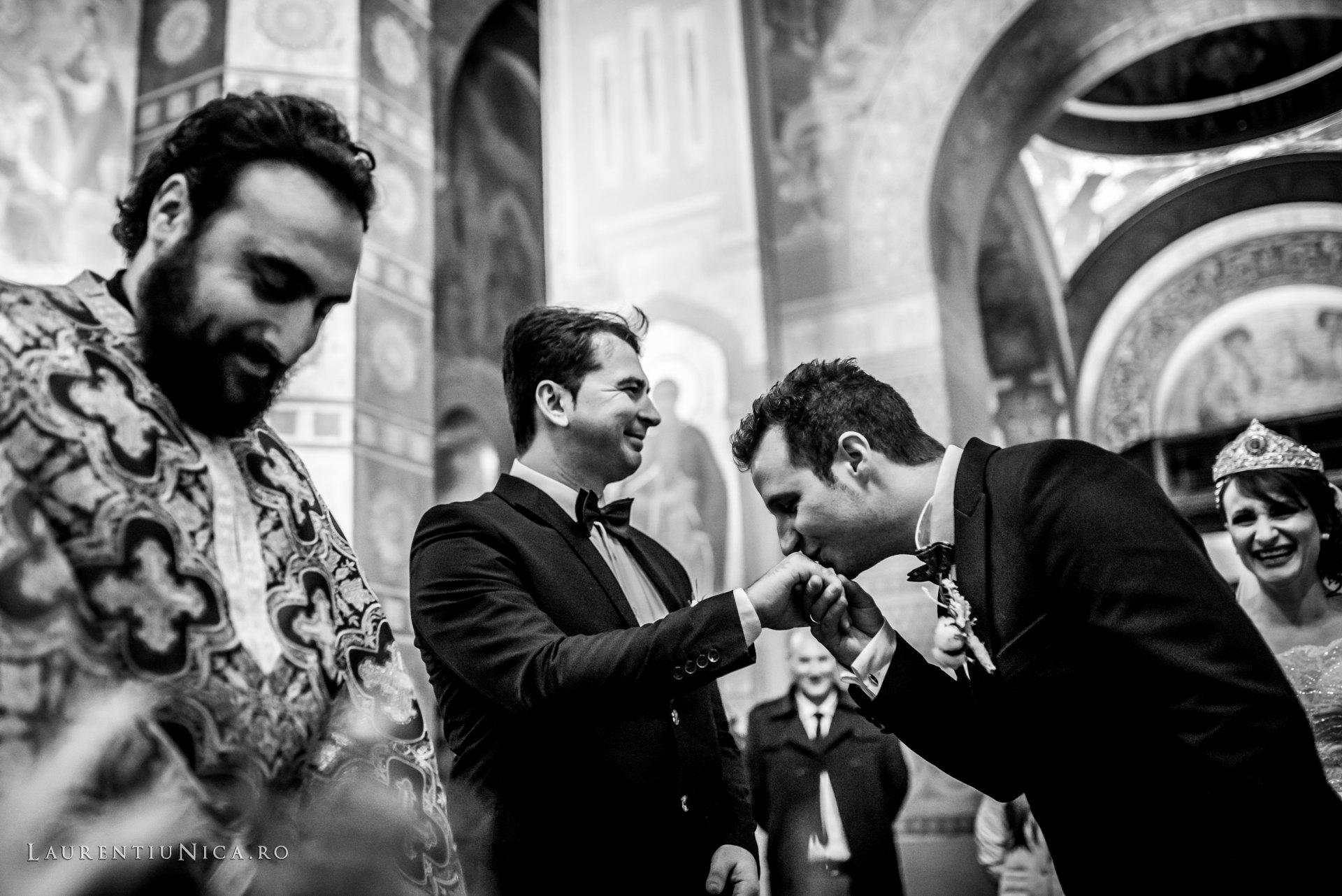 daniela si marius fotografii nunta craiova laurentiu nica26 - Daniela & Marius | Fotografii nunta