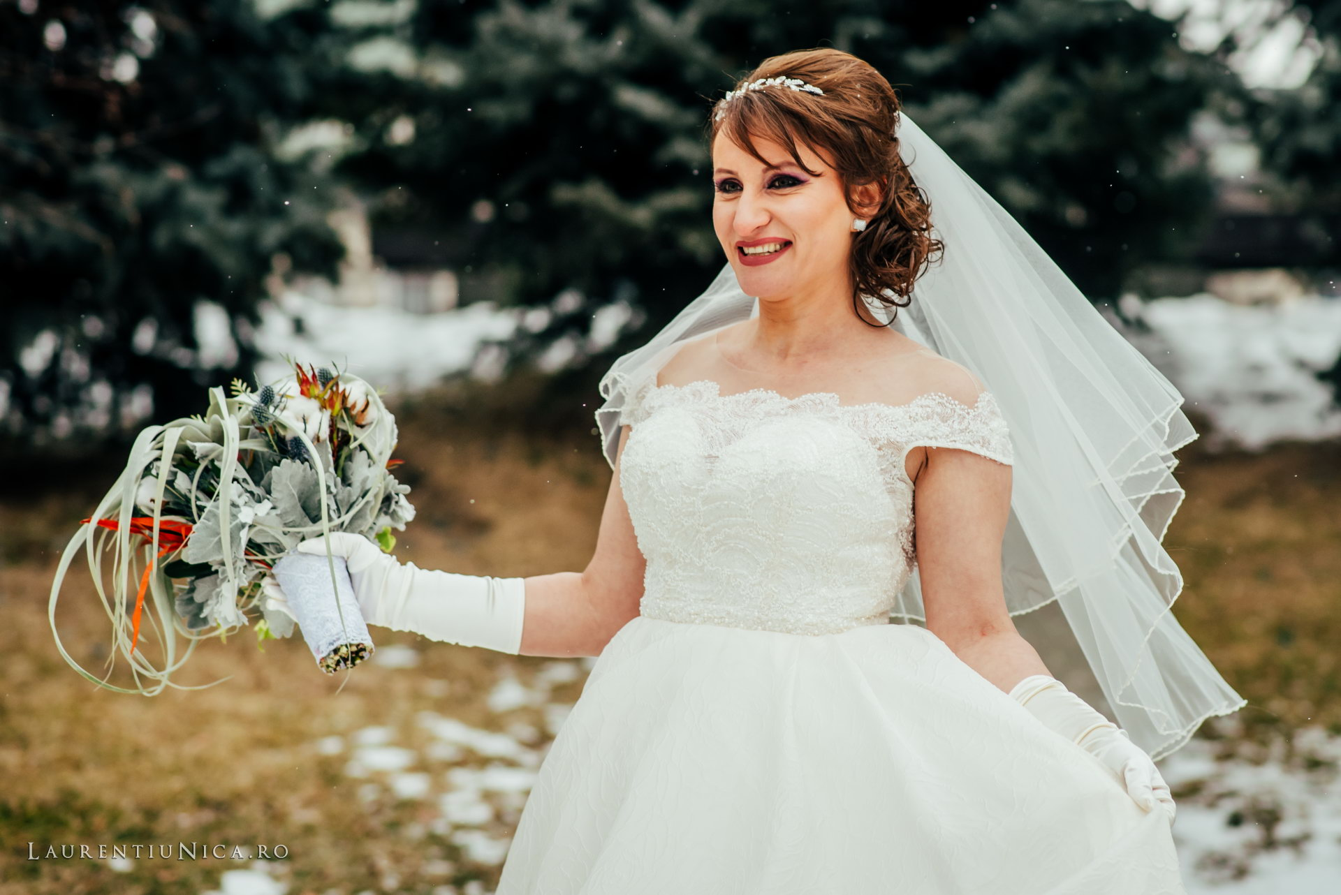 daniela si marius fotografii nunta craiova laurentiu nica44 - Daniela & Marius | Fotografii nunta