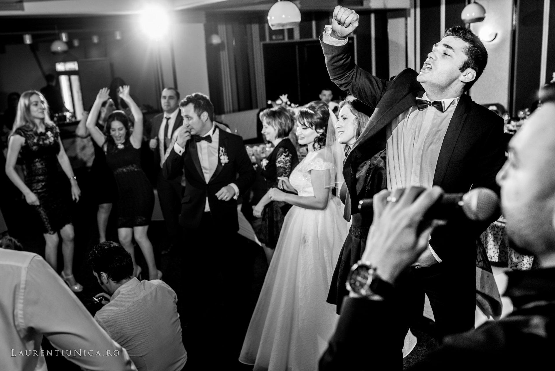 daniela si marius fotografii nunta craiova laurentiu nica54 - Daniela & Marius | Fotografii nunta