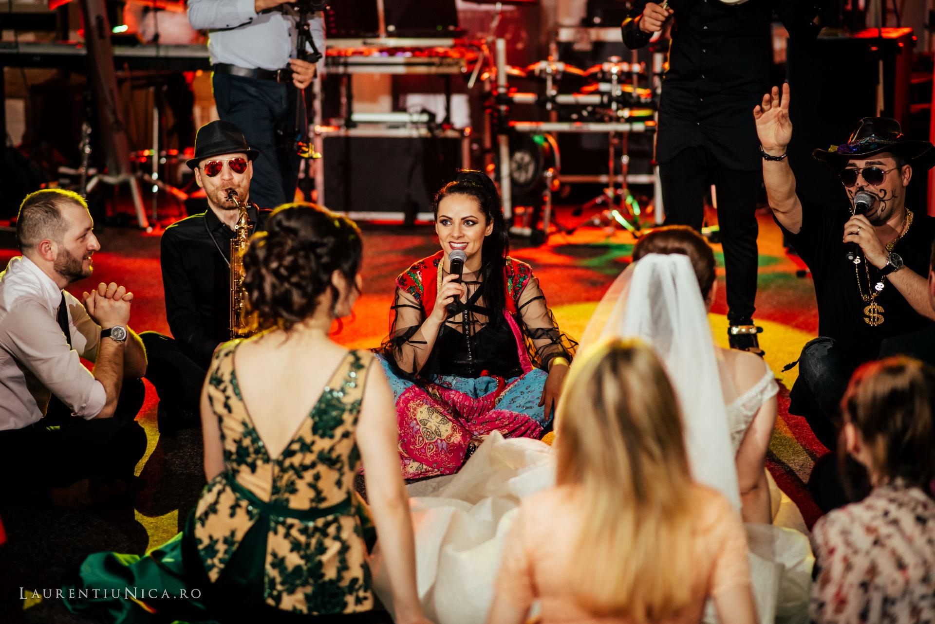 daniela si marius fotografii nunta craiova laurentiu nica59 - Daniela & Marius | Fotografii nunta