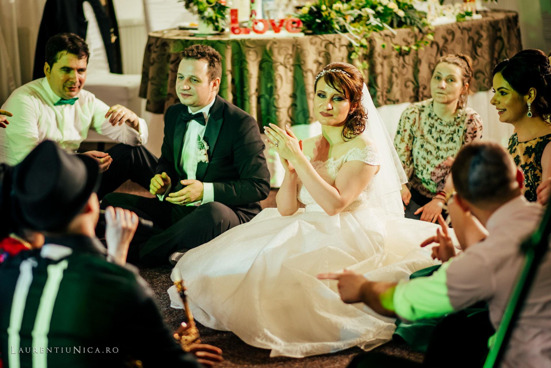 daniela si marius fotografii nunta craiova laurentiu nica61 - Daniela & Marius | Fotografii nunta