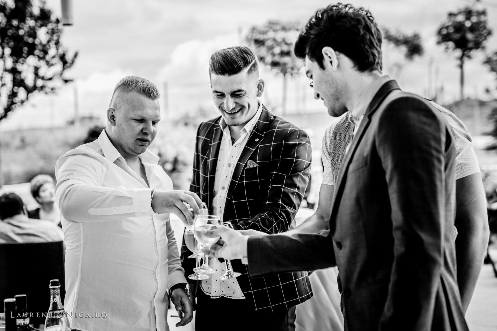 denisa si catalin fotograf nunta laurentiu nica craiova 06 - Denisa si Catalin | Fotografii nunta | Craiova