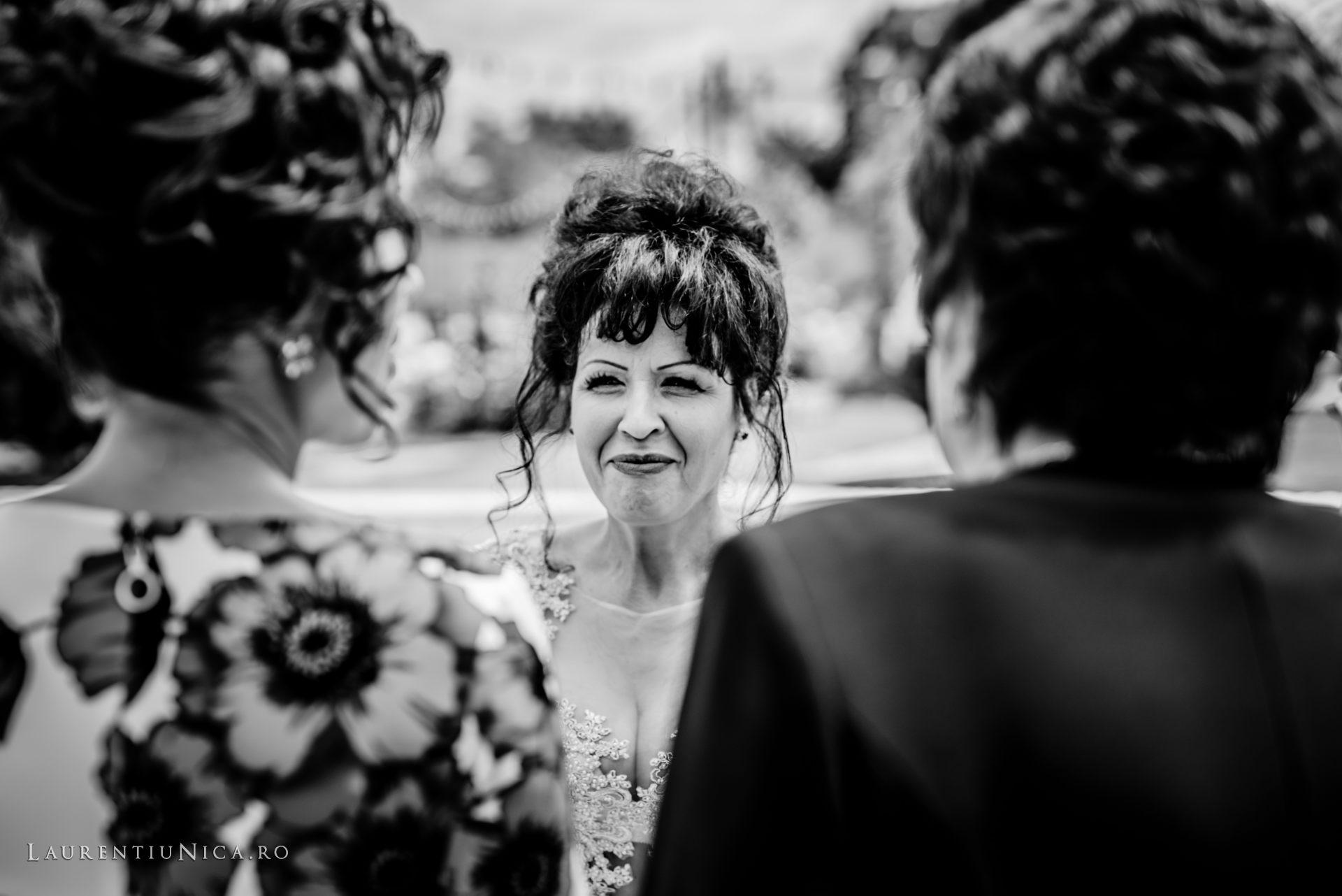 denisa si catalin fotograf nunta laurentiu nica craiova 07 - Denisa si Catalin | Fotografii nunta | Craiova