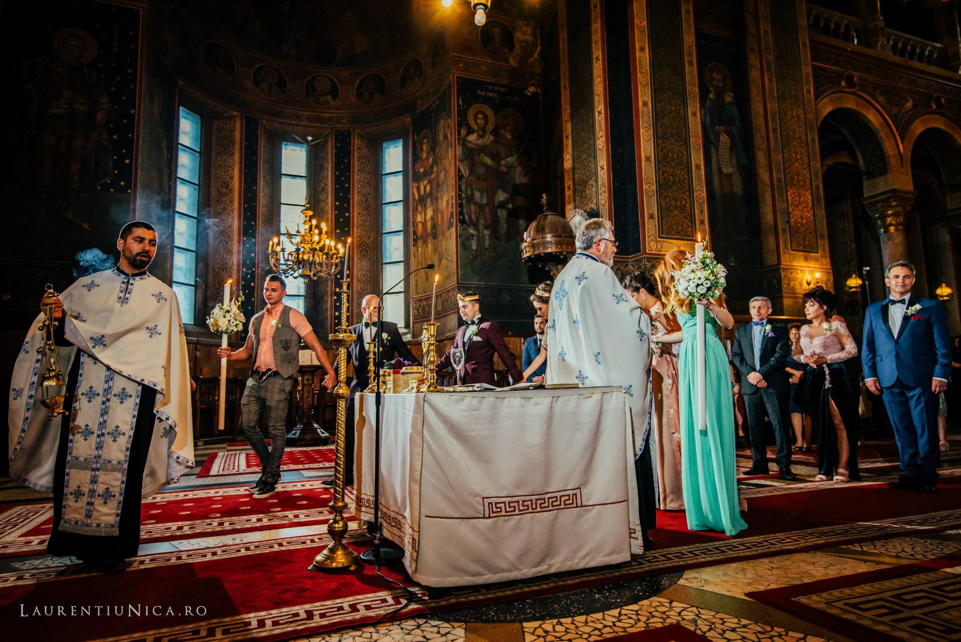 denisa si catalin fotograf nunta laurentiu nica craiova 48 - Denisa si Catalin | Fotografii nunta | Craiova