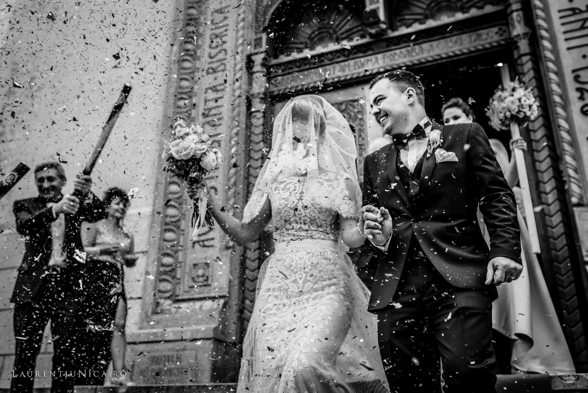 denisa si catalin fotograf nunta laurentiu nica craiova 55 - Denisa si Catalin | Fotografii nunta | Craiova