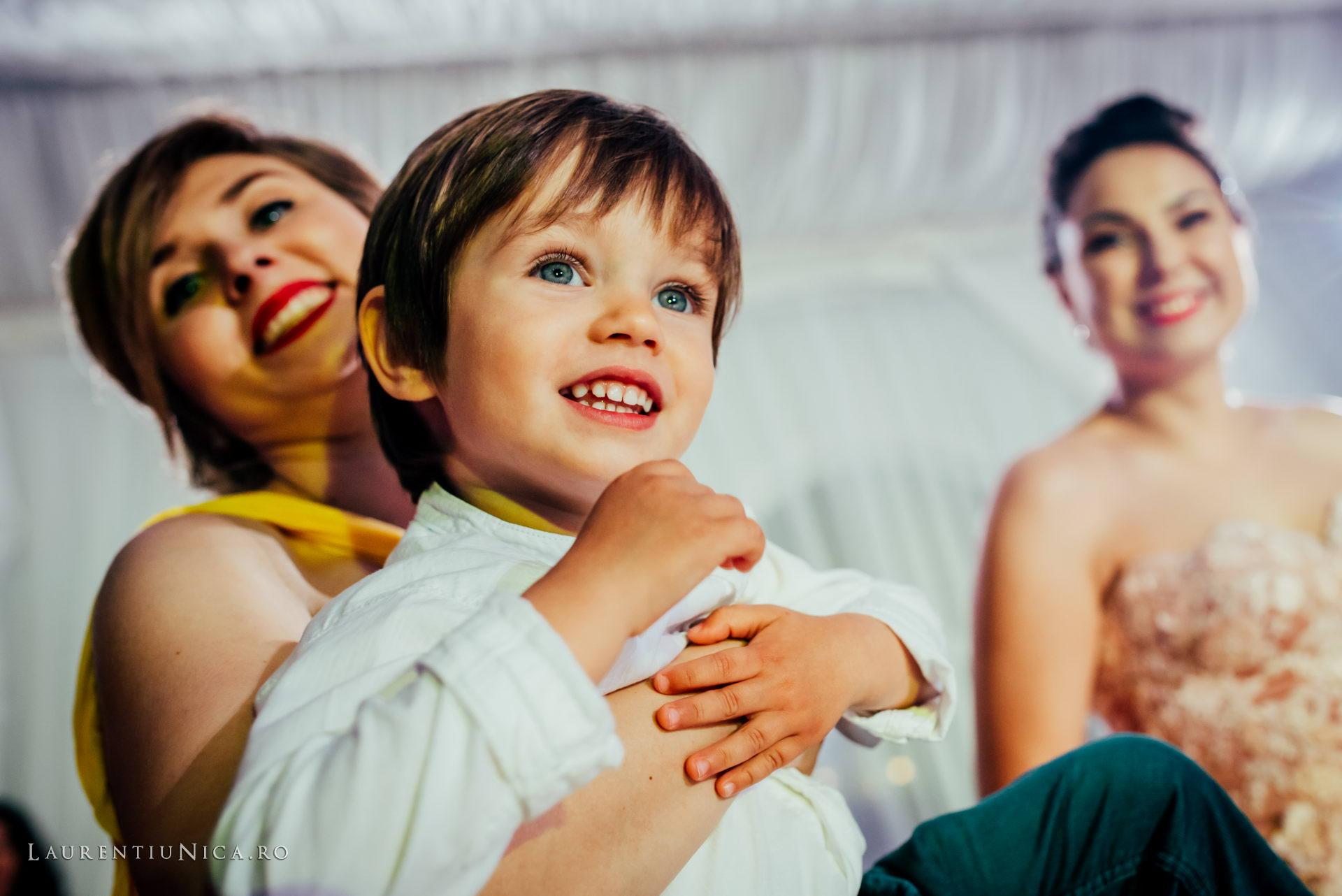 denisa si catalin fotograf nunta laurentiu nica craiova 76 - Denisa si Catalin | Fotografii nunta | Craiova