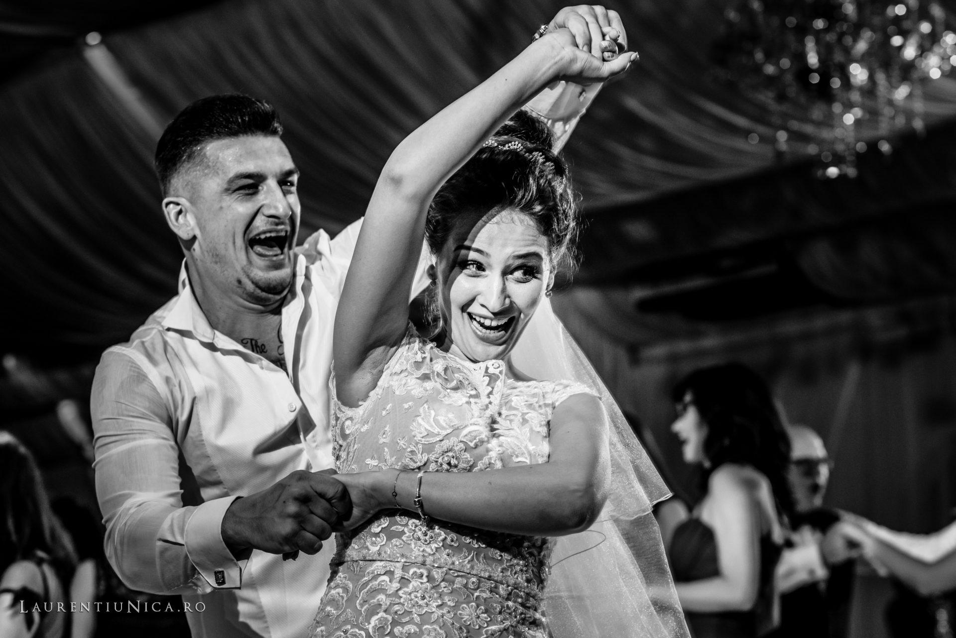 denisa si catalin fotograf nunta laurentiu nica craiova 78 - Denisa si Catalin | Fotografii nunta | Craiova