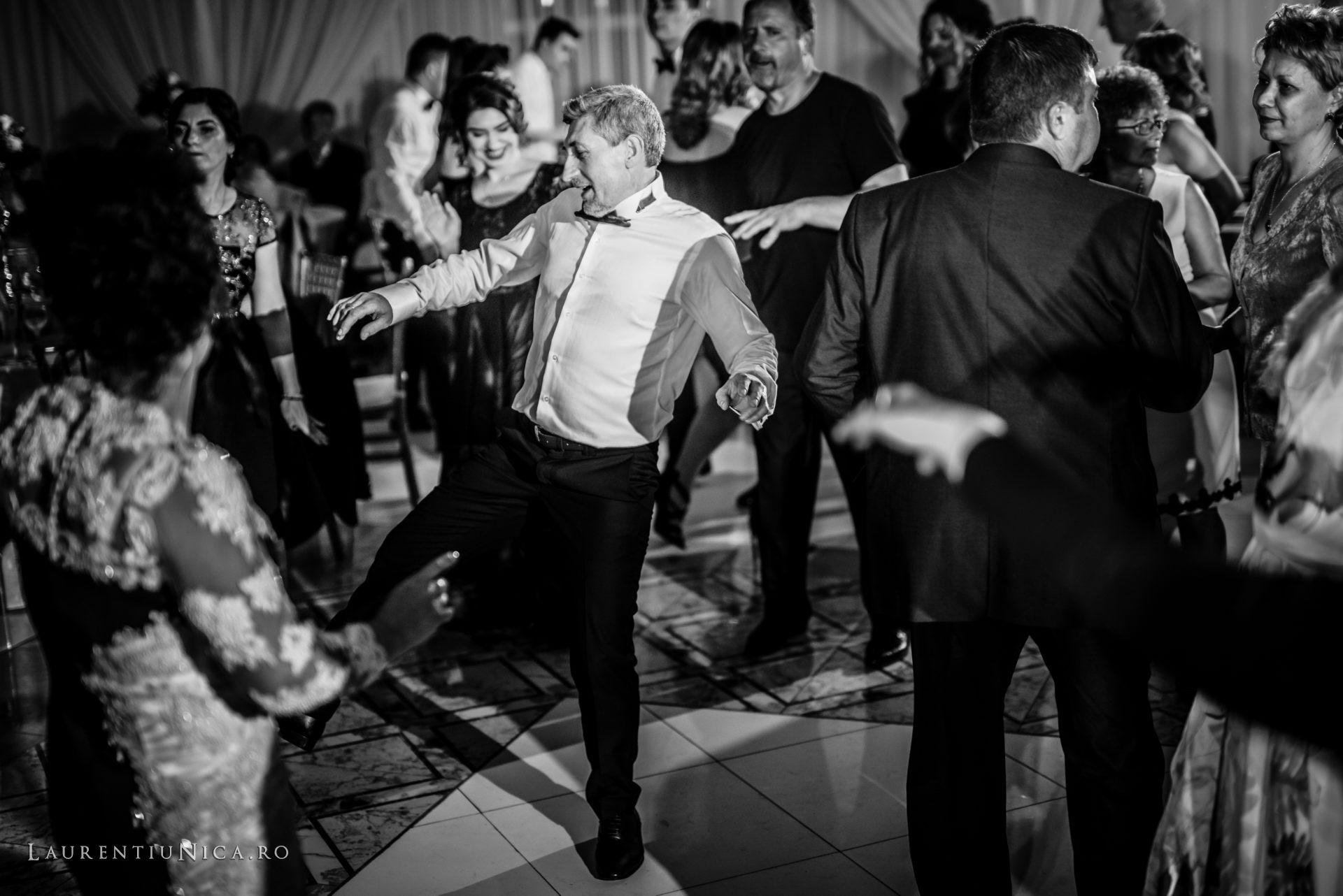 denisa si catalin fotograf nunta laurentiu nica craiova 80 - Denisa si Catalin | Fotografii nunta | Craiova