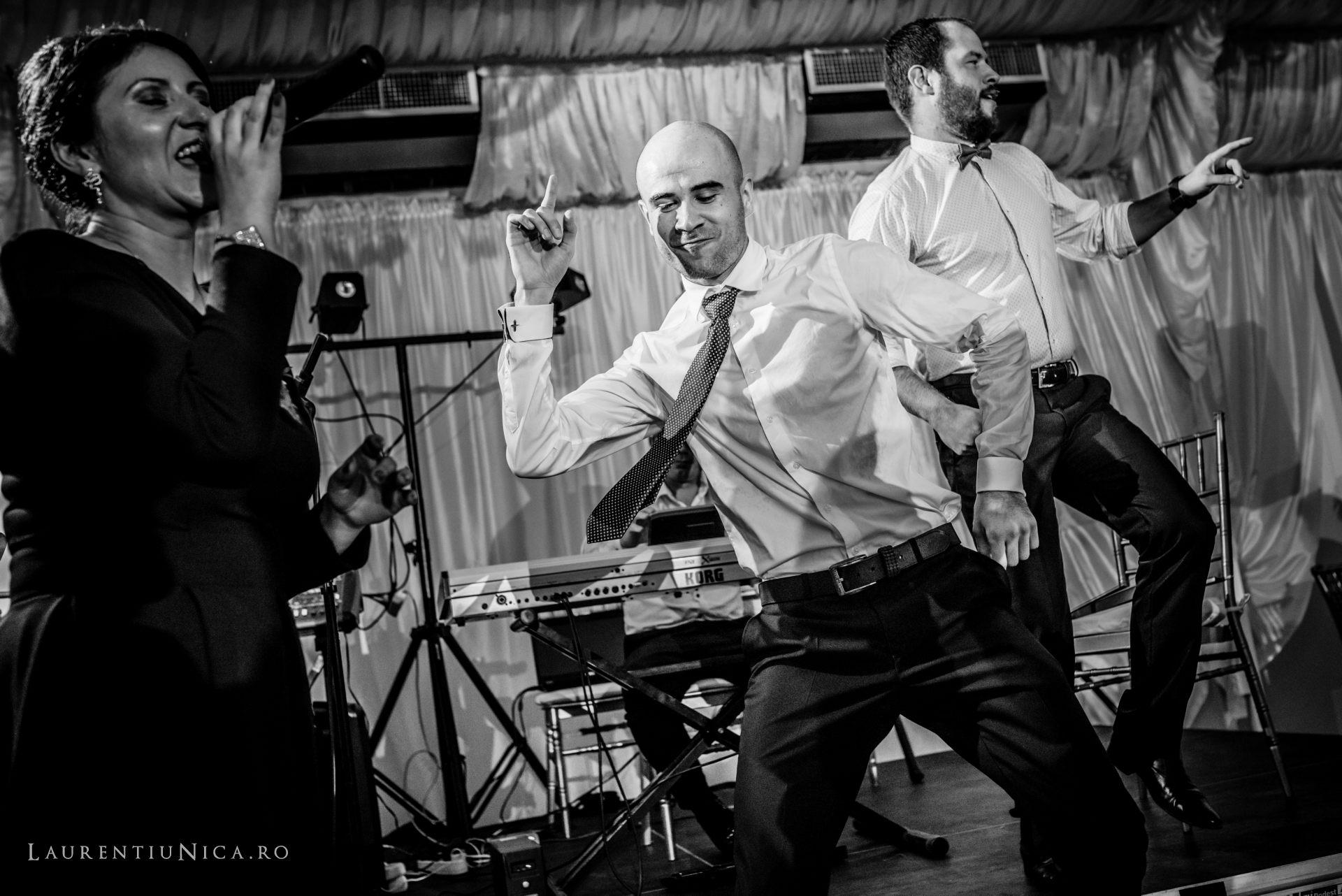 denisa si catalin fotograf nunta laurentiu nica craiova 81 - Denisa si Catalin | Fotografii nunta | Craiova