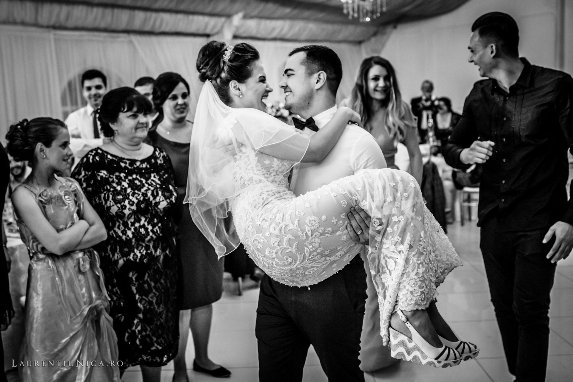 denisa si catalin fotograf nunta laurentiu nica craiova 82 - Denisa si Catalin | Fotografii nunta | Craiova