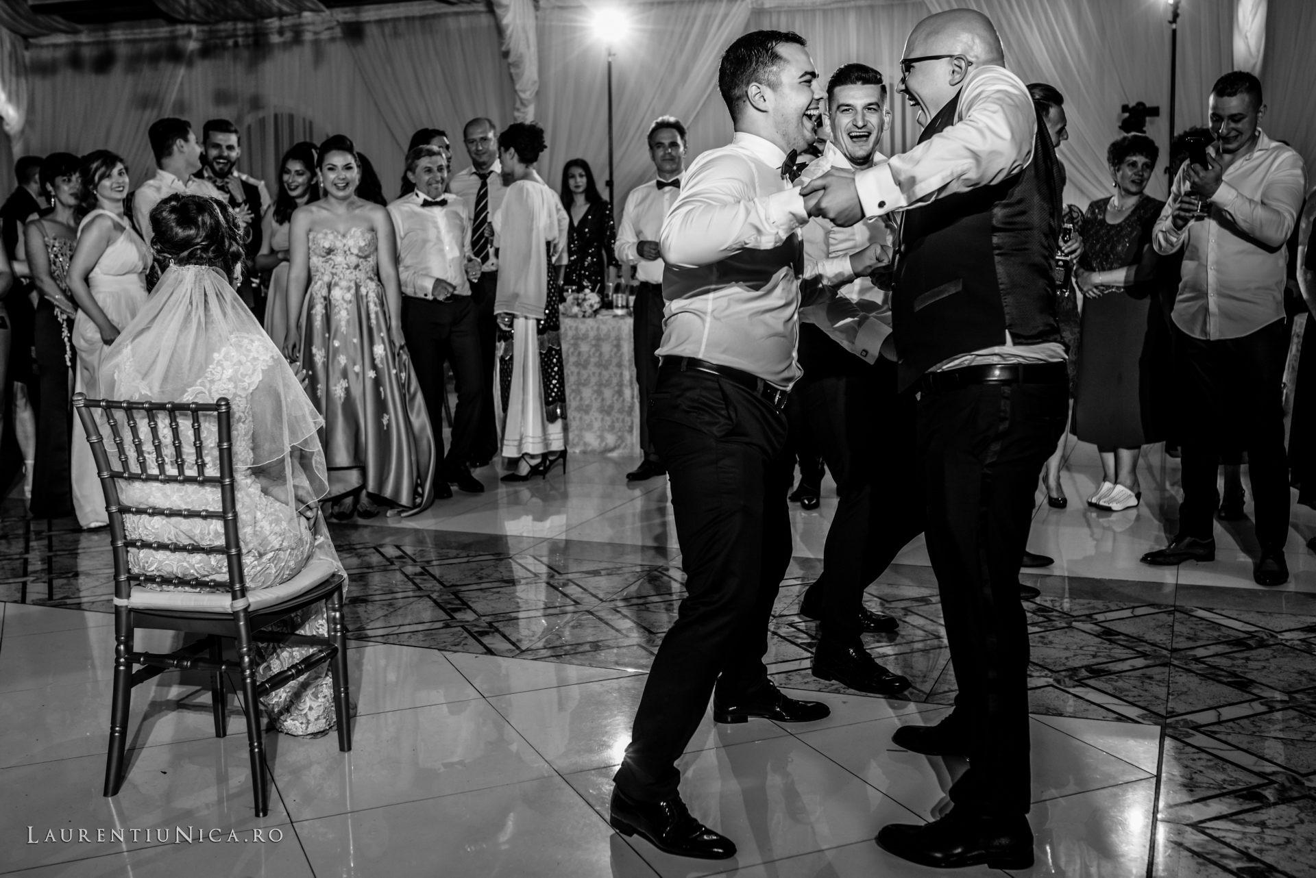denisa si catalin fotograf nunta laurentiu nica craiova 84 - Denisa si Catalin | Fotografii nunta | Craiova