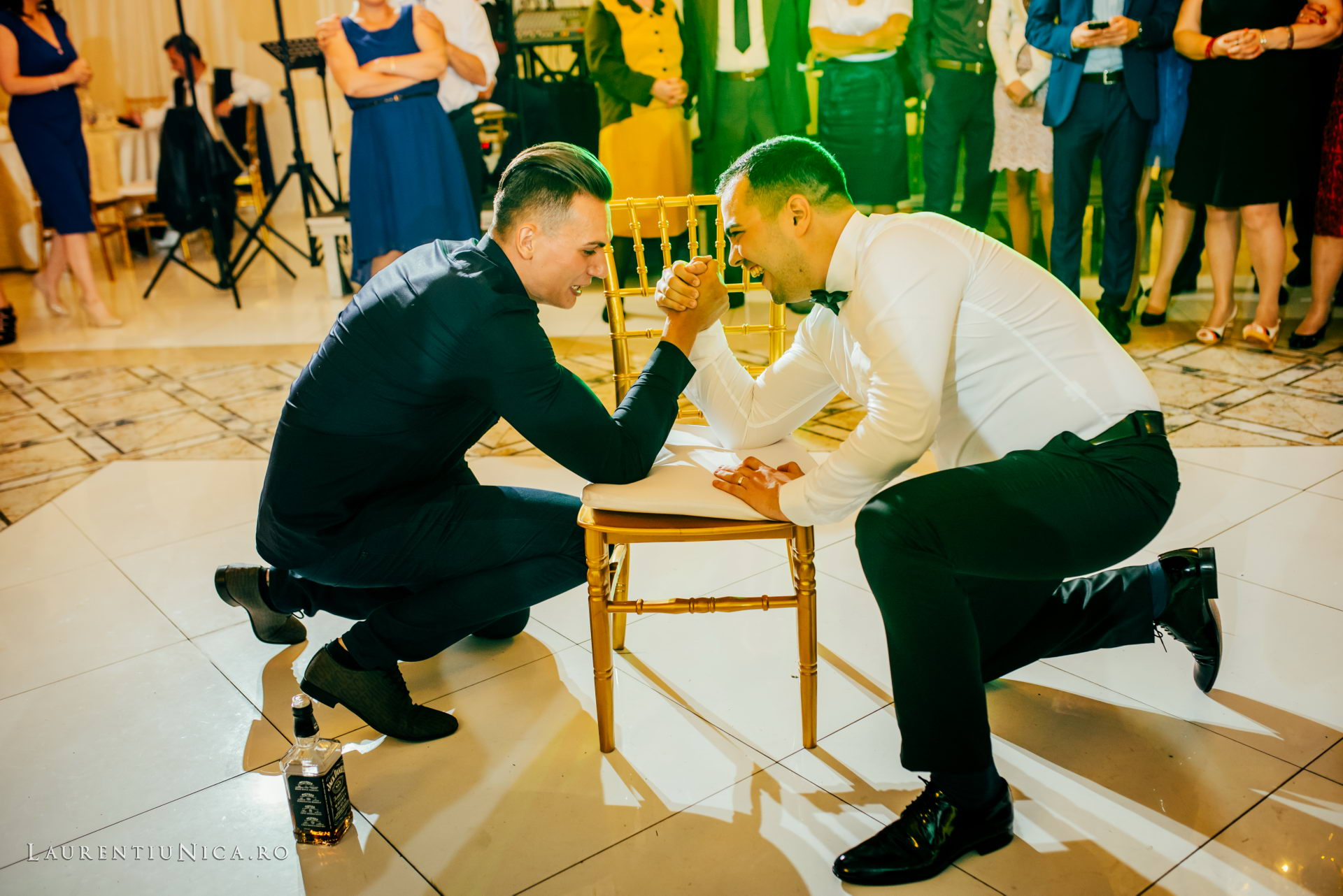 denisa si catalin fotograf nunta laurentiu nica craiova 86 - Denisa si Catalin | Fotografii nunta | Craiova