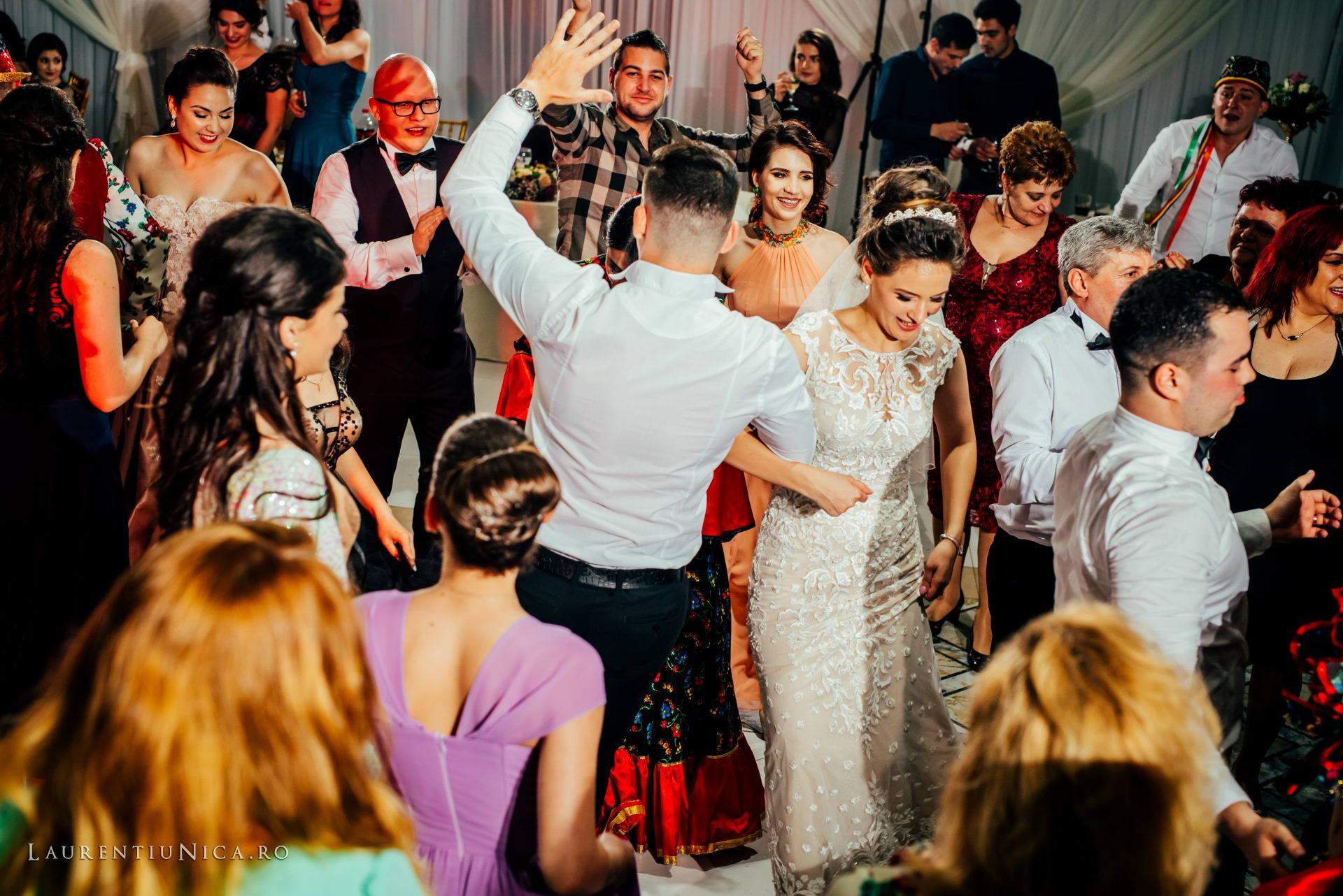 denisa si catalin fotograf nunta laurentiu nica craiova 92 - Denisa si Catalin | Fotografii nunta | Craiova