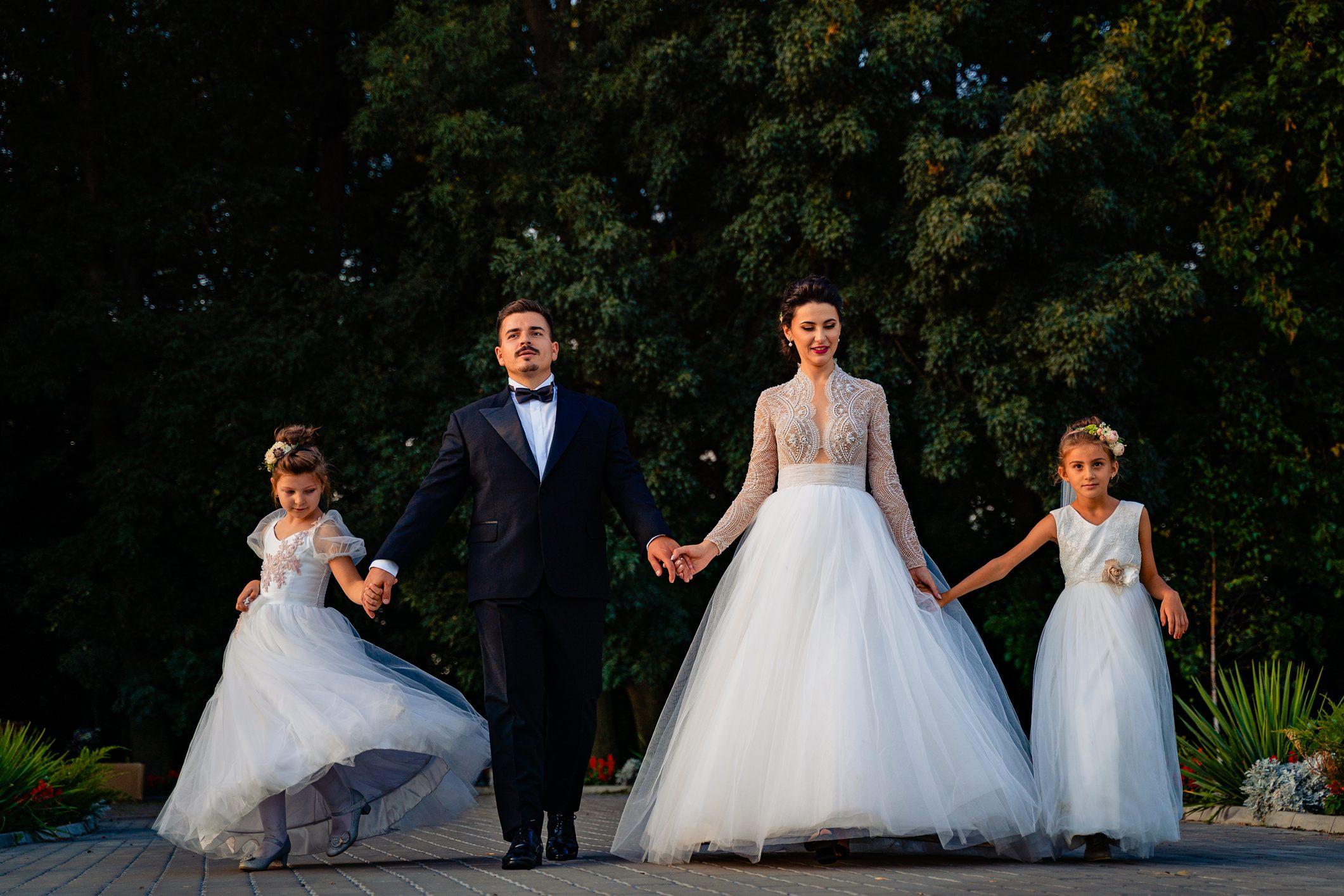 fotograf nunta bucuresti laurentiu nica  20 - Lorena & Matei | Fotografii nunta Bucuresti | Restaurant Domeniul cu Ciresi