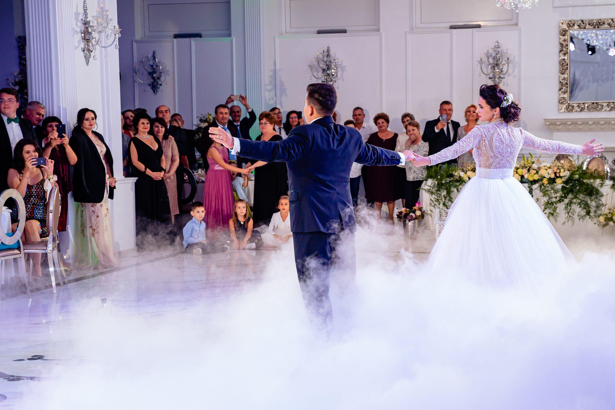 fotograf nunta bucuresti laurentiu nica  24 - Lorena & Matei | Fotografii nunta Bucuresti | Restaurant Domeniul cu Ciresi