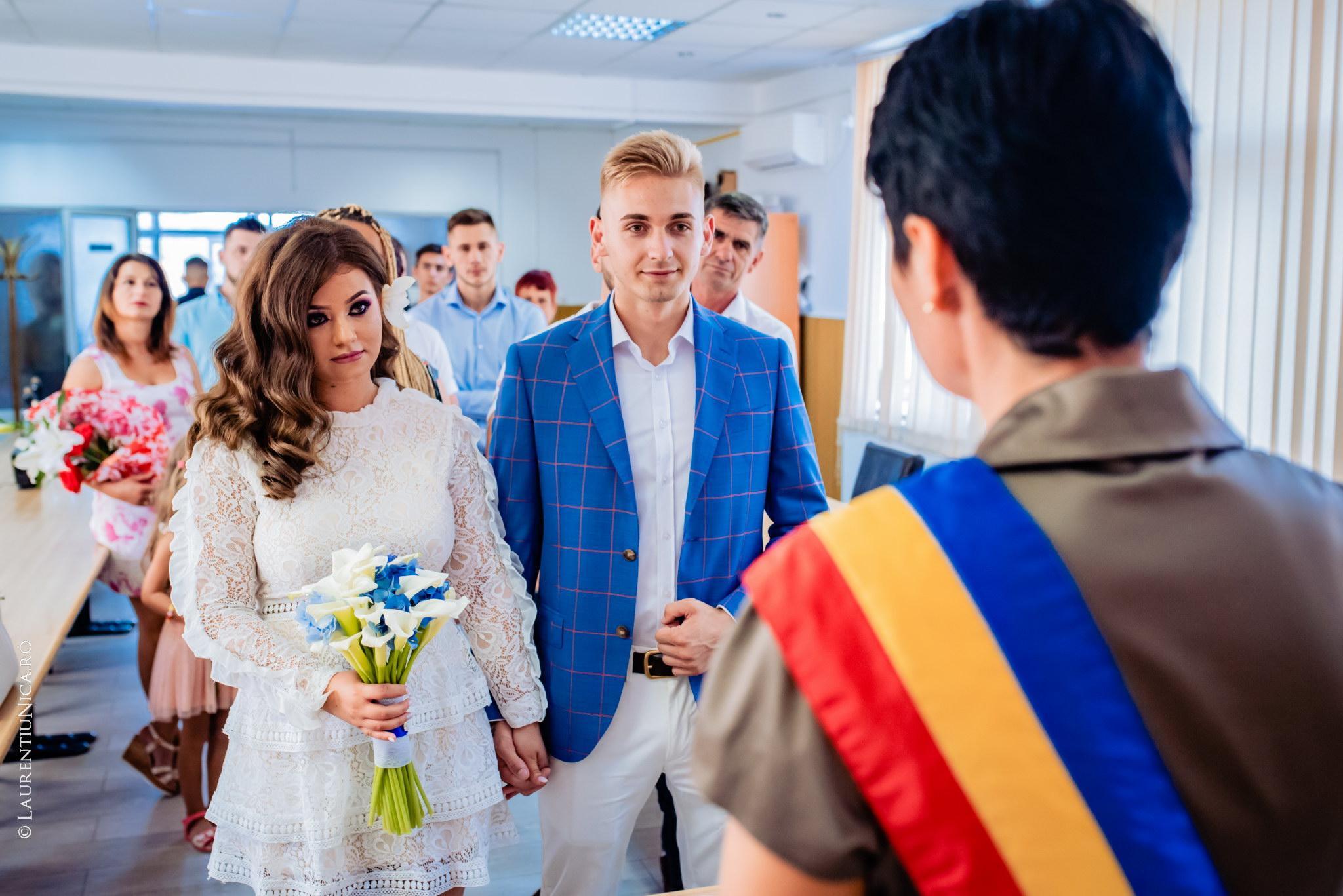fotografii nunta Roxana si Cosmin fotograf nunta laurentiu nica 01 - Roxana & Cosmin | Fotografii nunta | Ticleni, judetul Gorj