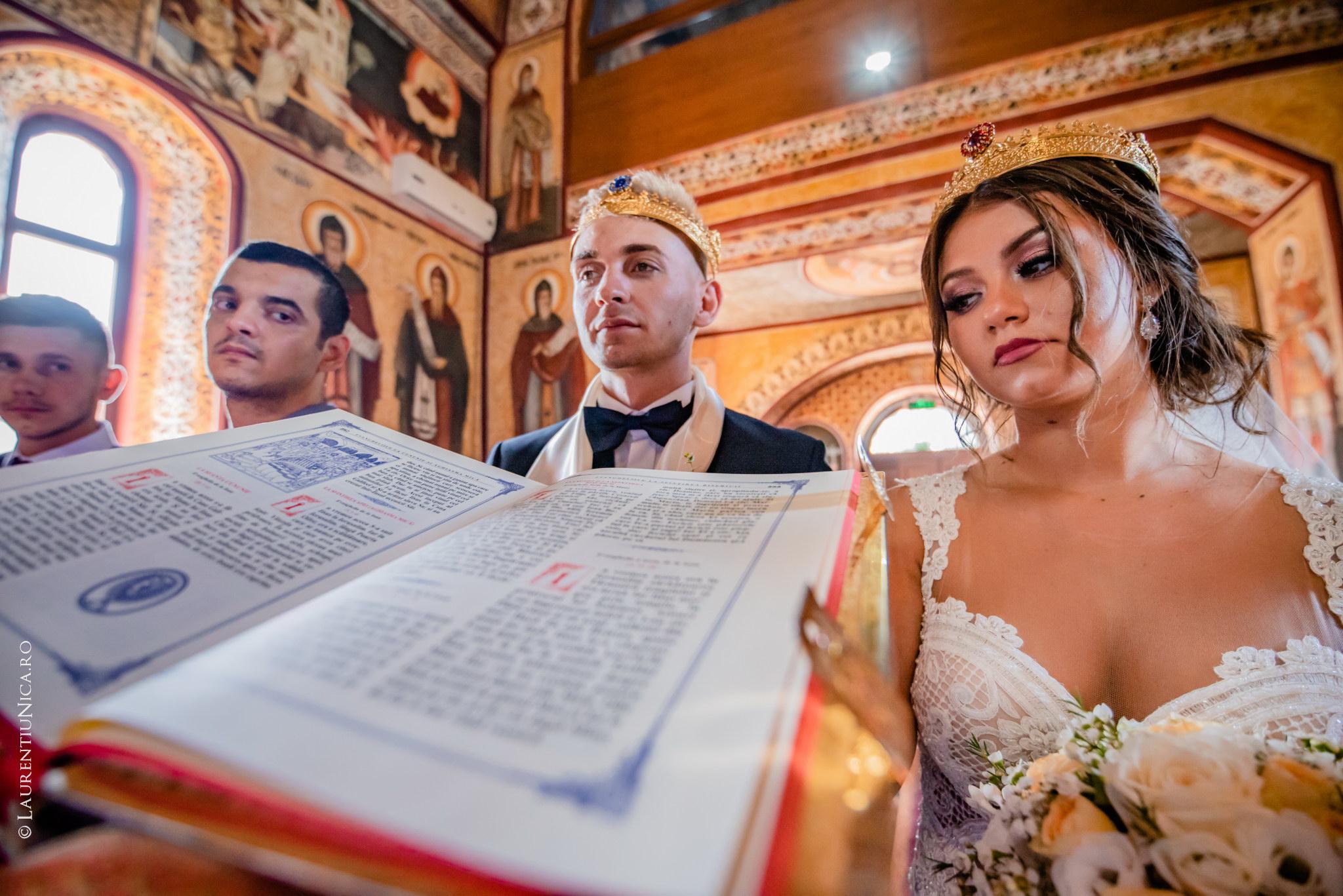 fotografii nunta Roxana si Cosmin fotograf nunta laurentiu nica 22 - Roxana & Cosmin | Fotografii nunta | Ticleni, judetul Gorj