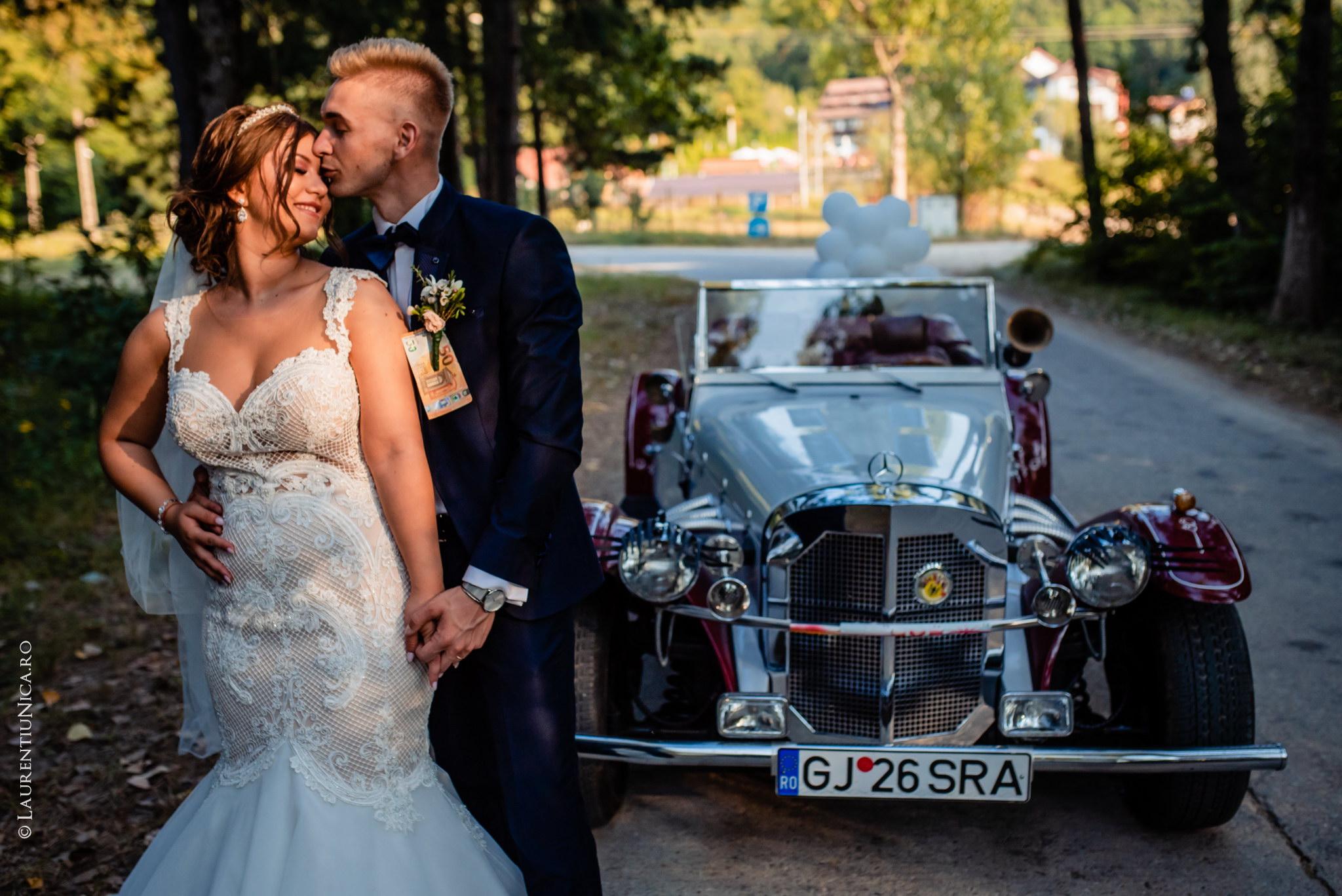 fotografii nunta Roxana si Cosmin fotograf nunta laurentiu nica 25 - Roxana & Cosmin | Fotografii nunta | Ticleni, judetul Gorj