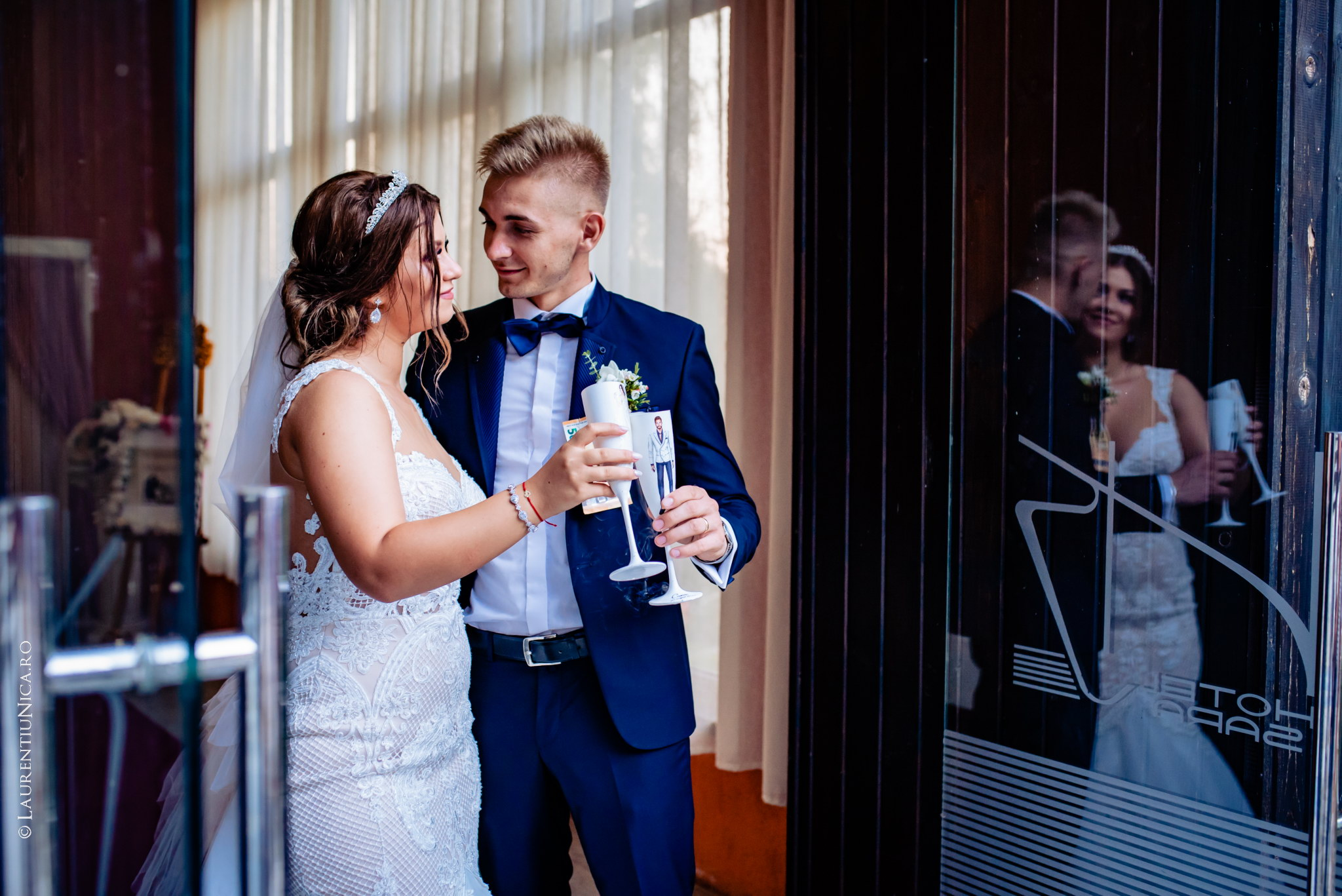 fotografii nunta Roxana si Cosmin fotograf nunta laurentiu nica 36 - Roxana & Cosmin | Fotografii nunta | Ticleni, judetul Gorj