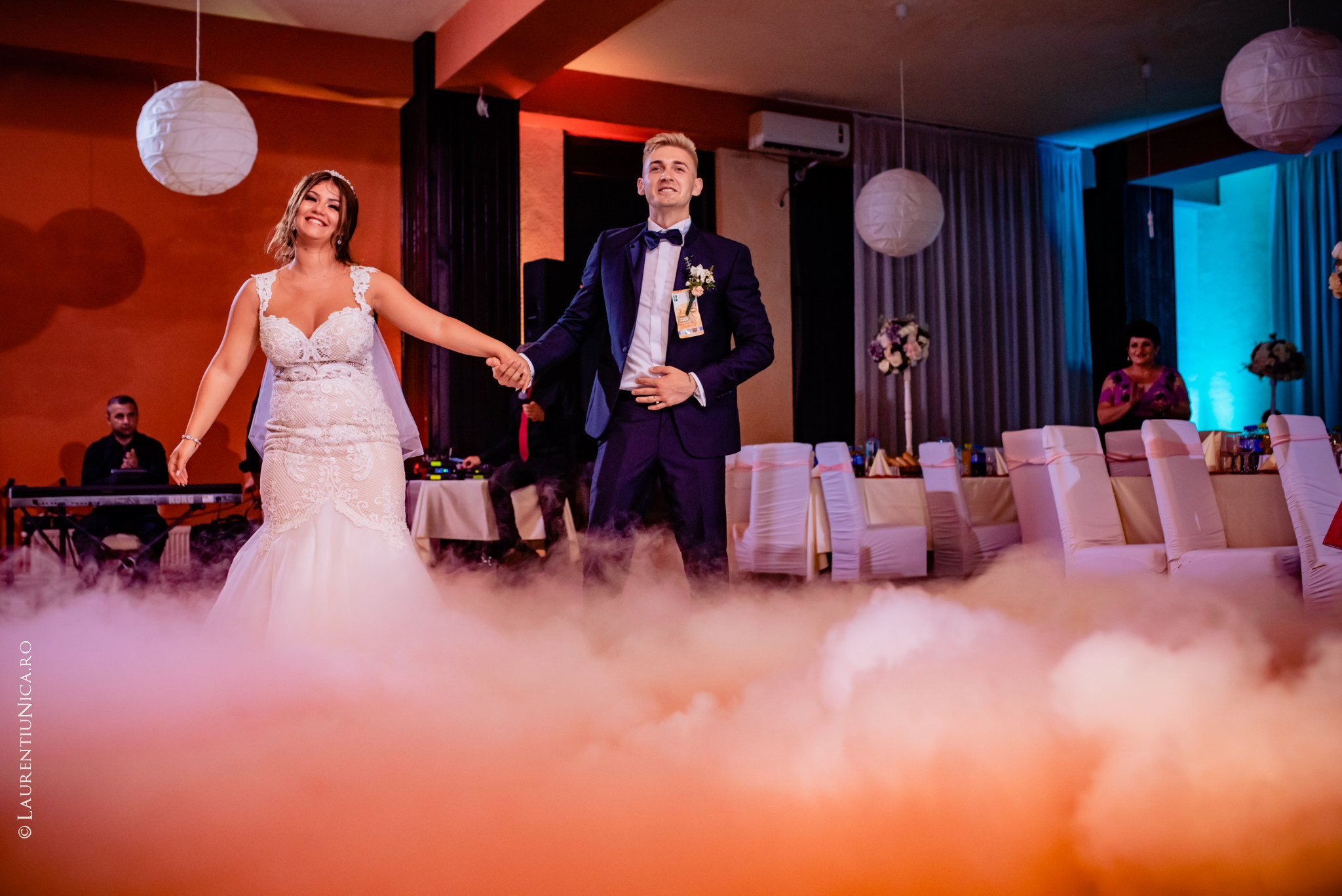 fotografii nunta Roxana si Cosmin fotograf nunta laurentiu nica 38 - Roxana & Cosmin | Fotografii nunta | Ticleni, judetul Gorj