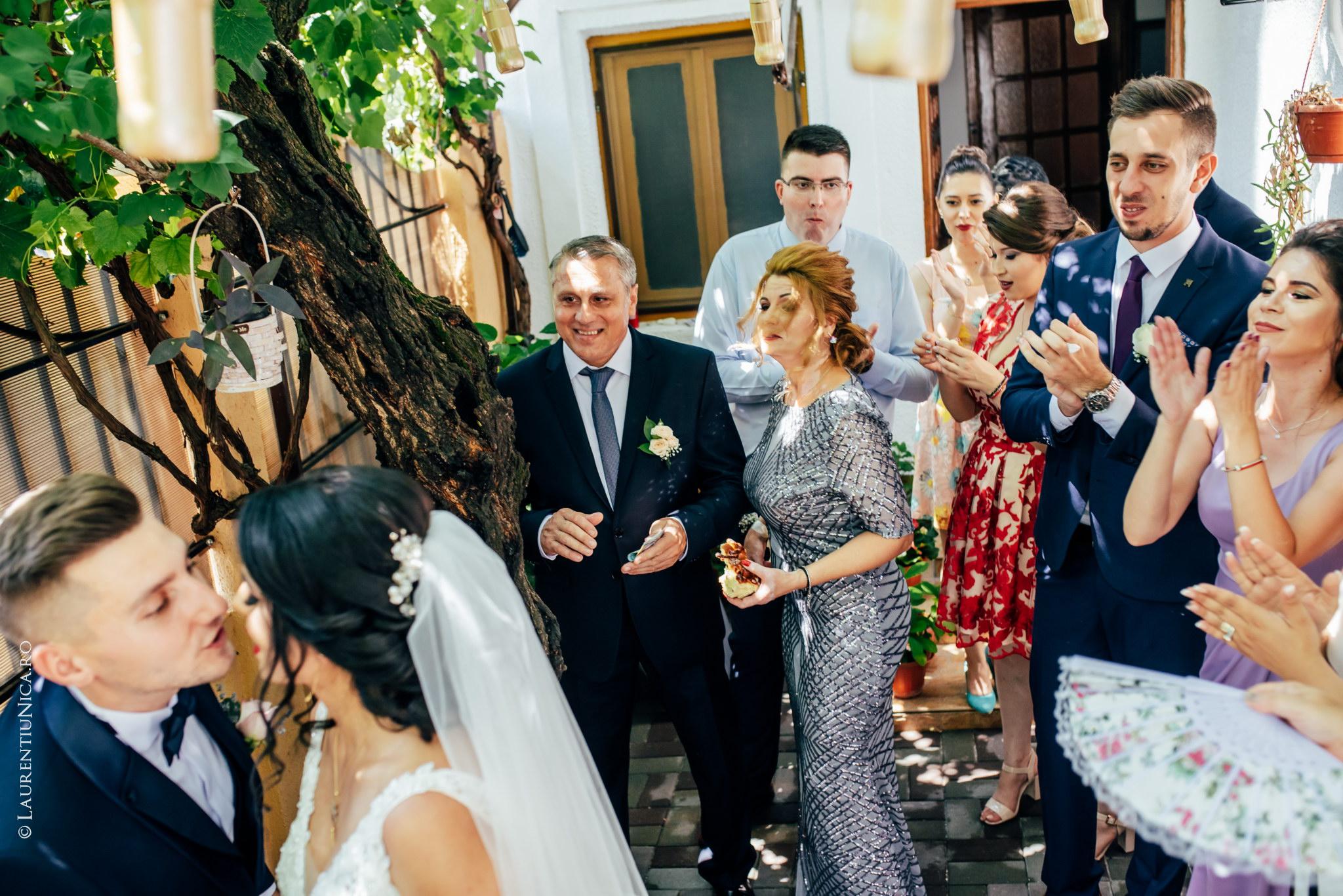 fotografii nunta craiova bia alex fotograf nunta laurentiu nica 24 - Bia & Alex | Fotografii nunta | Craiova