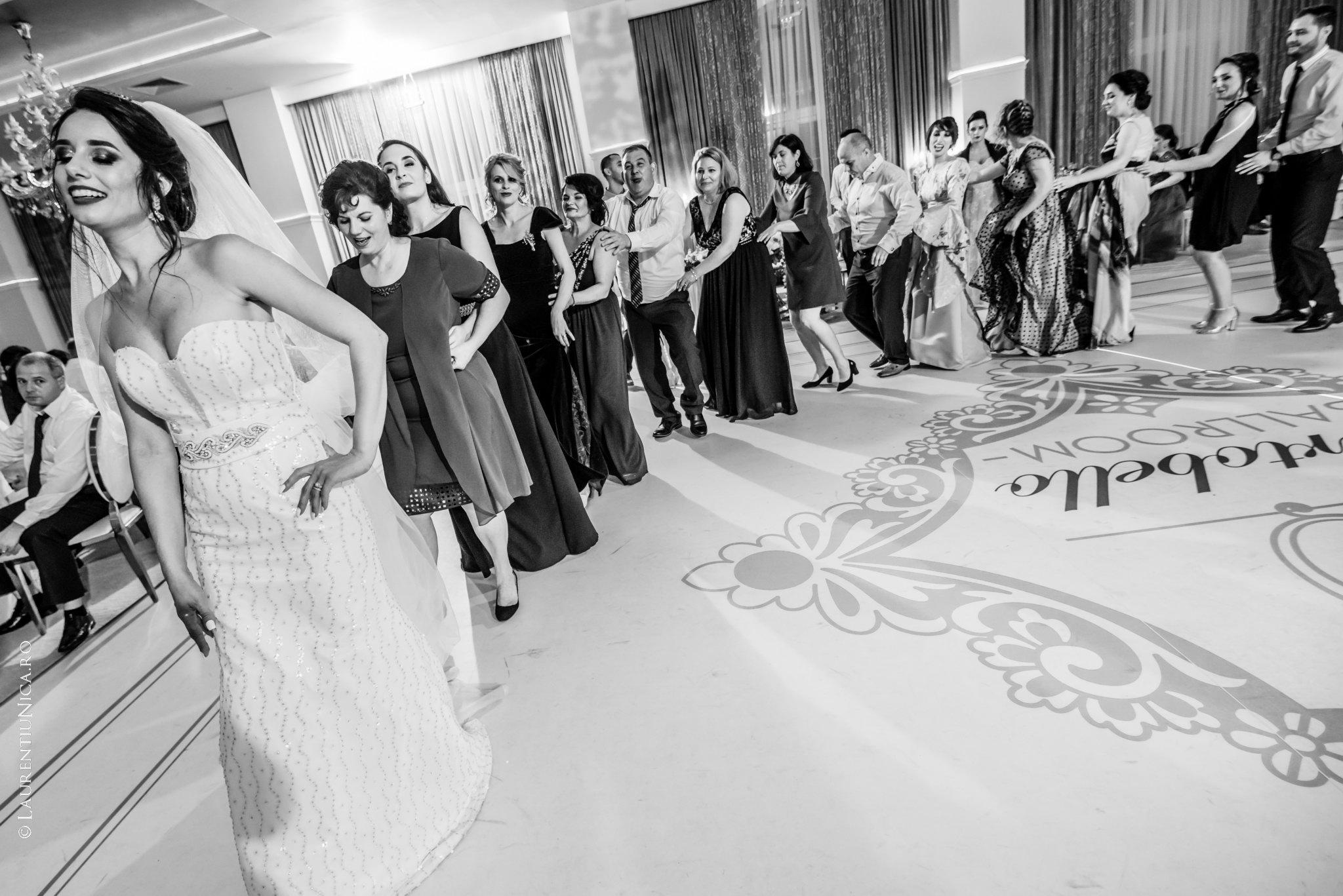fotografii nunta denisa si florin craiova 46 - Denisa & Florin | Fotografii nunta | Craiova