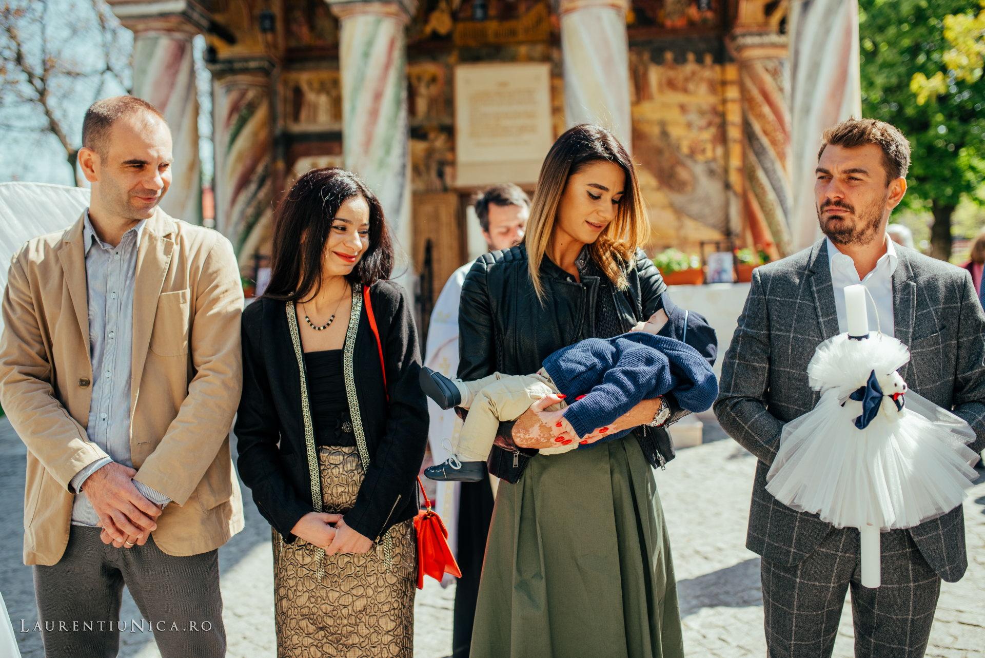 fotografii botez alexis aurelian foto laurentiu nica craiova 19 - Alexis Aurelian | Fotografii botez | Craiova