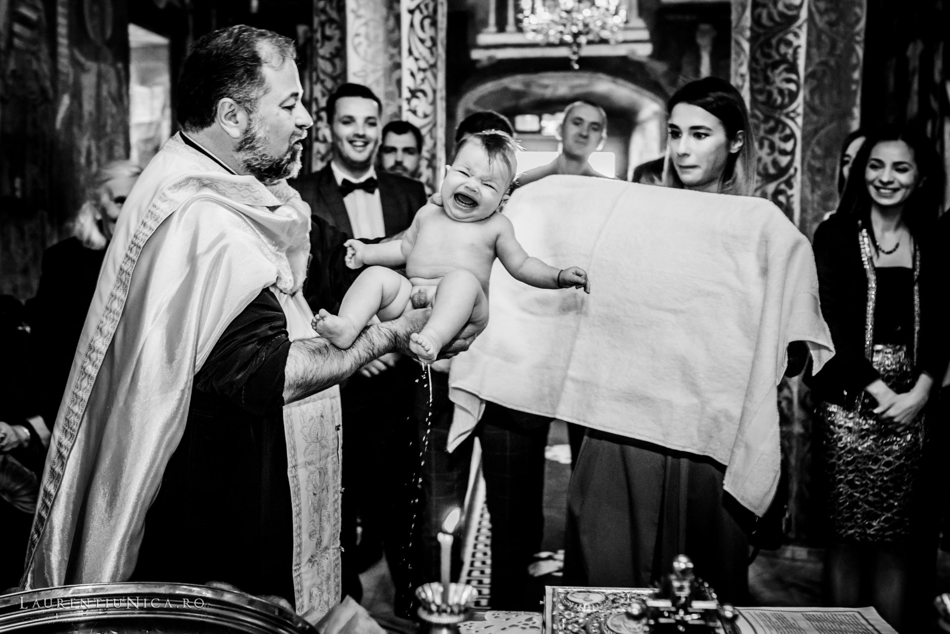 fotografii botez alexis aurelian foto laurentiu nica craiova 21 - Alexis Aurelian | Fotografii botez | Craiova
