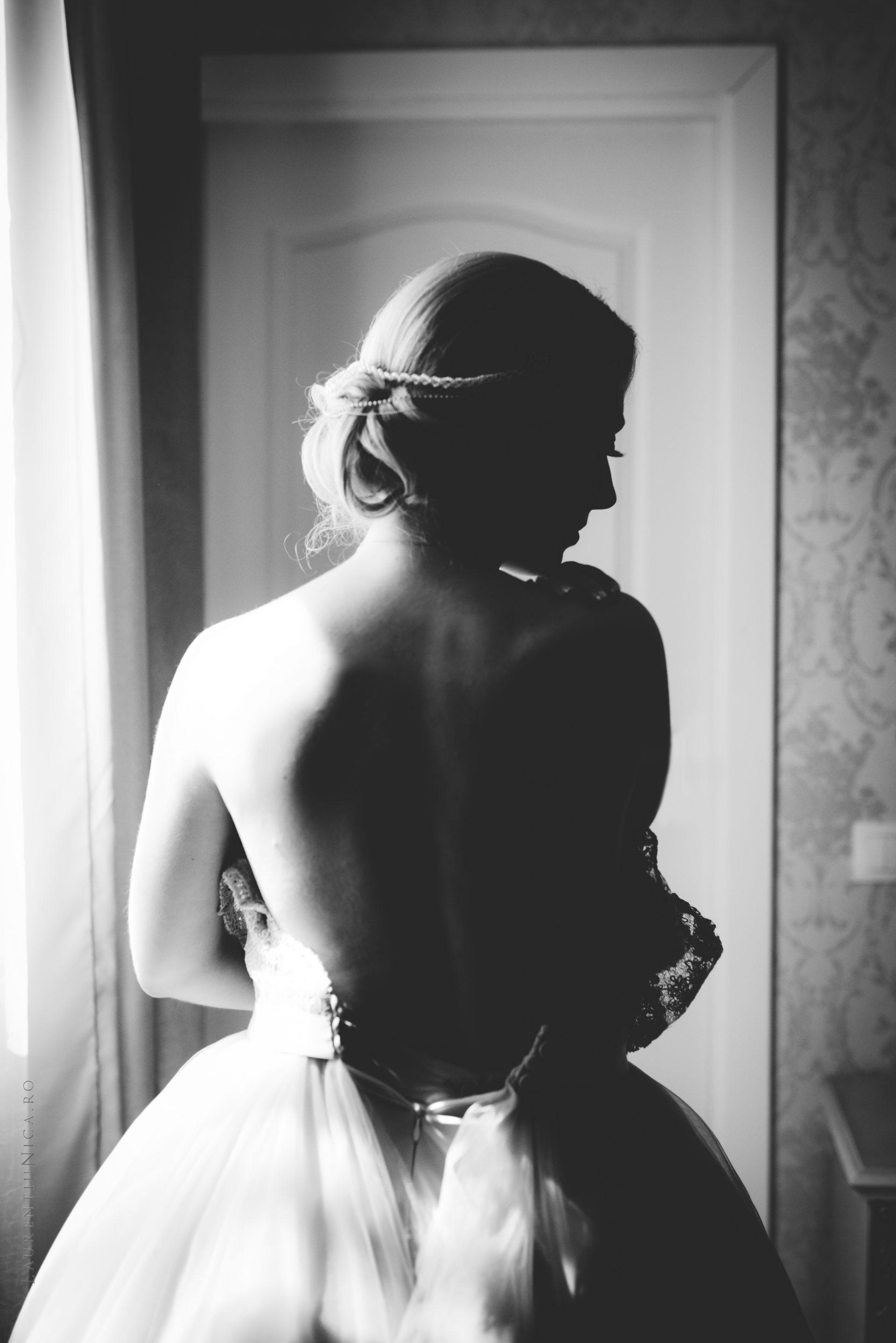 lavinia si adi fotograf laurentiu nica craiova 016 - Lavinia & Adi | Fotografii nunta